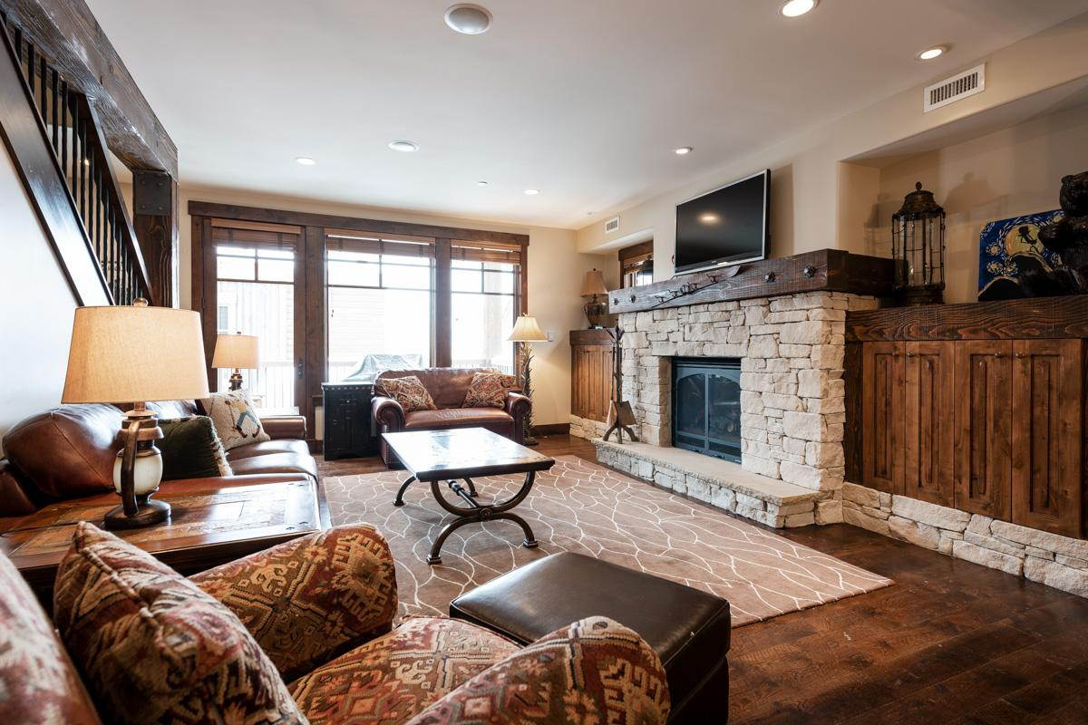 Property Image 1 - Modern Condo Near Chairlift with Vintage Ski Decor