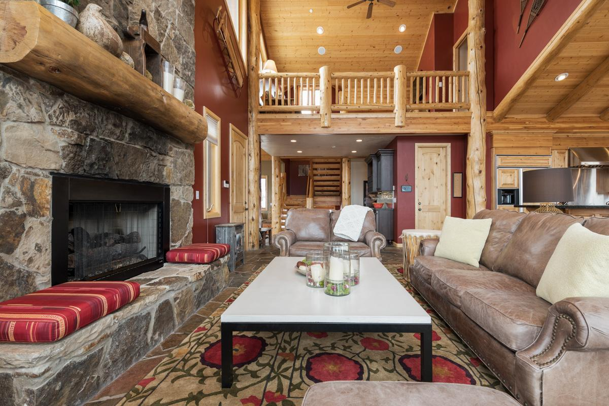 Property Image 2 - Private Home Near Ski Resort Base with Expansive Views