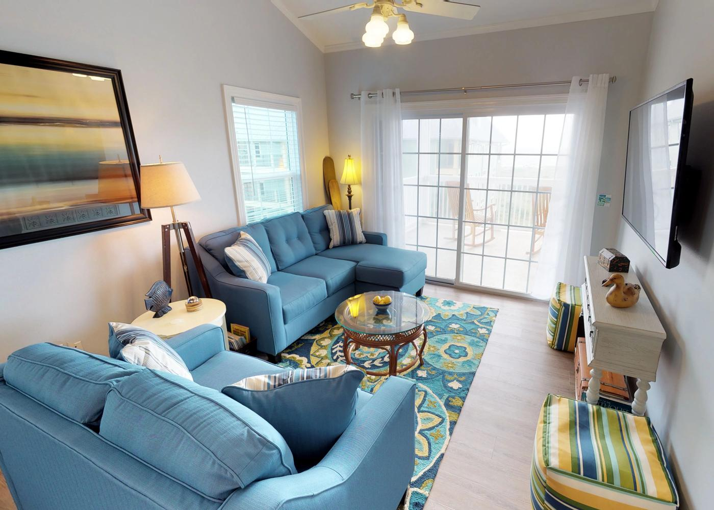 Cozy, Gulf-Front Condo with Community Beach and Pool