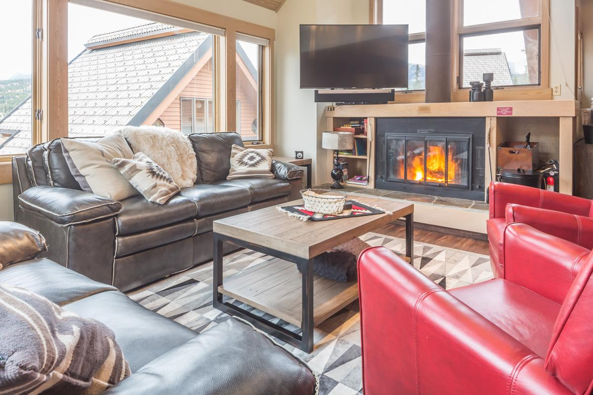 Stylish Mountain Village Condo with Indoor Hot Tub