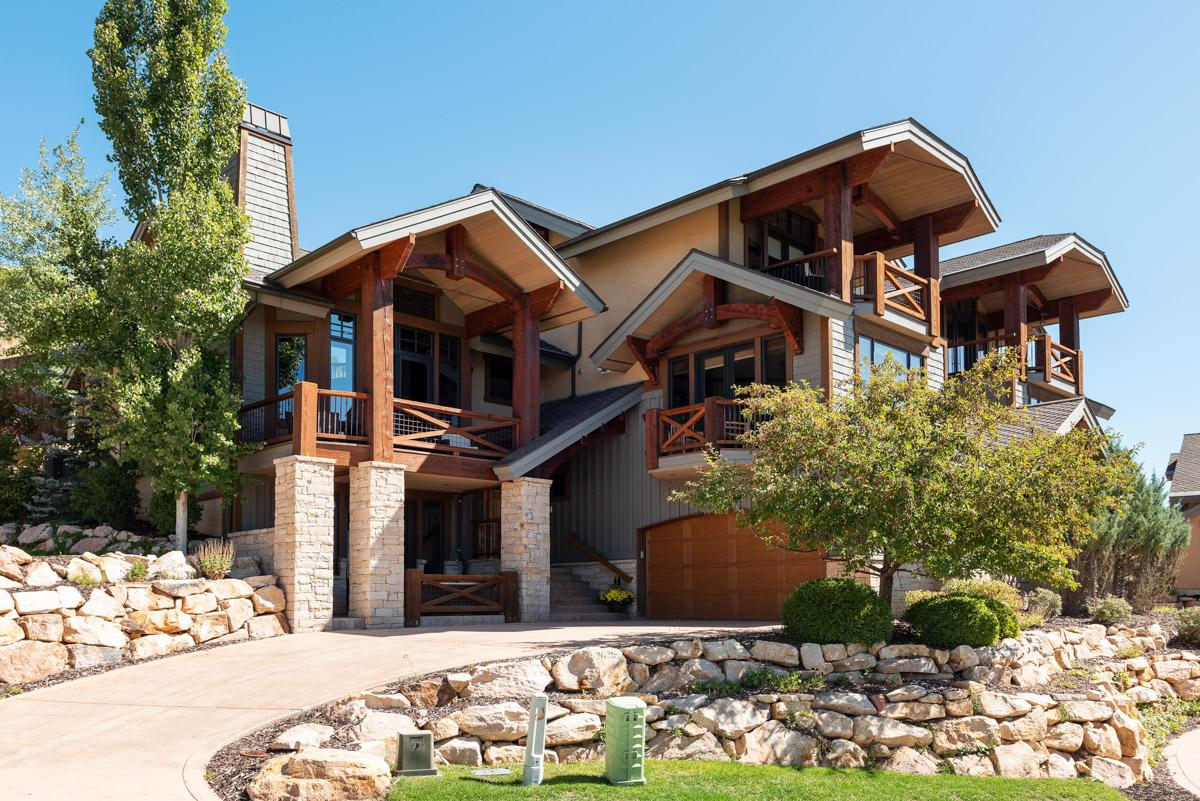 Property Image 2 - Elegant Private Home with Hot Tub and Mountain Views