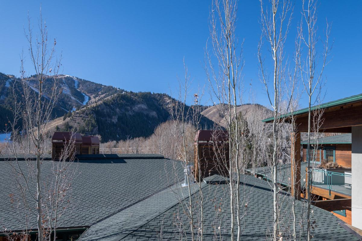 Chic Penthouse Near Downtown Ketchum with Baldy Views