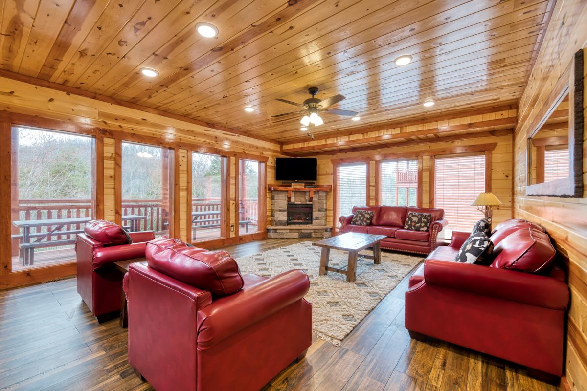Luxury log cabin sleeps 22, with pool and theater