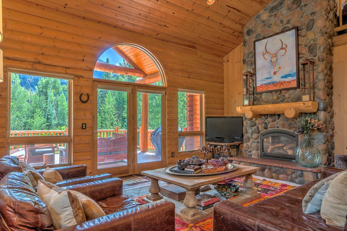 Property Image 1 - Quintessential mountain home with hot tub and fire pit