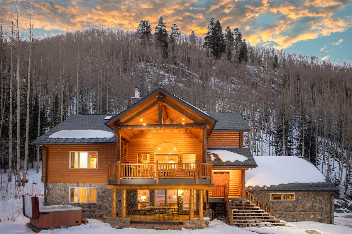 Property Image 2 - Quintessential mountain home with hot tub and fire pit