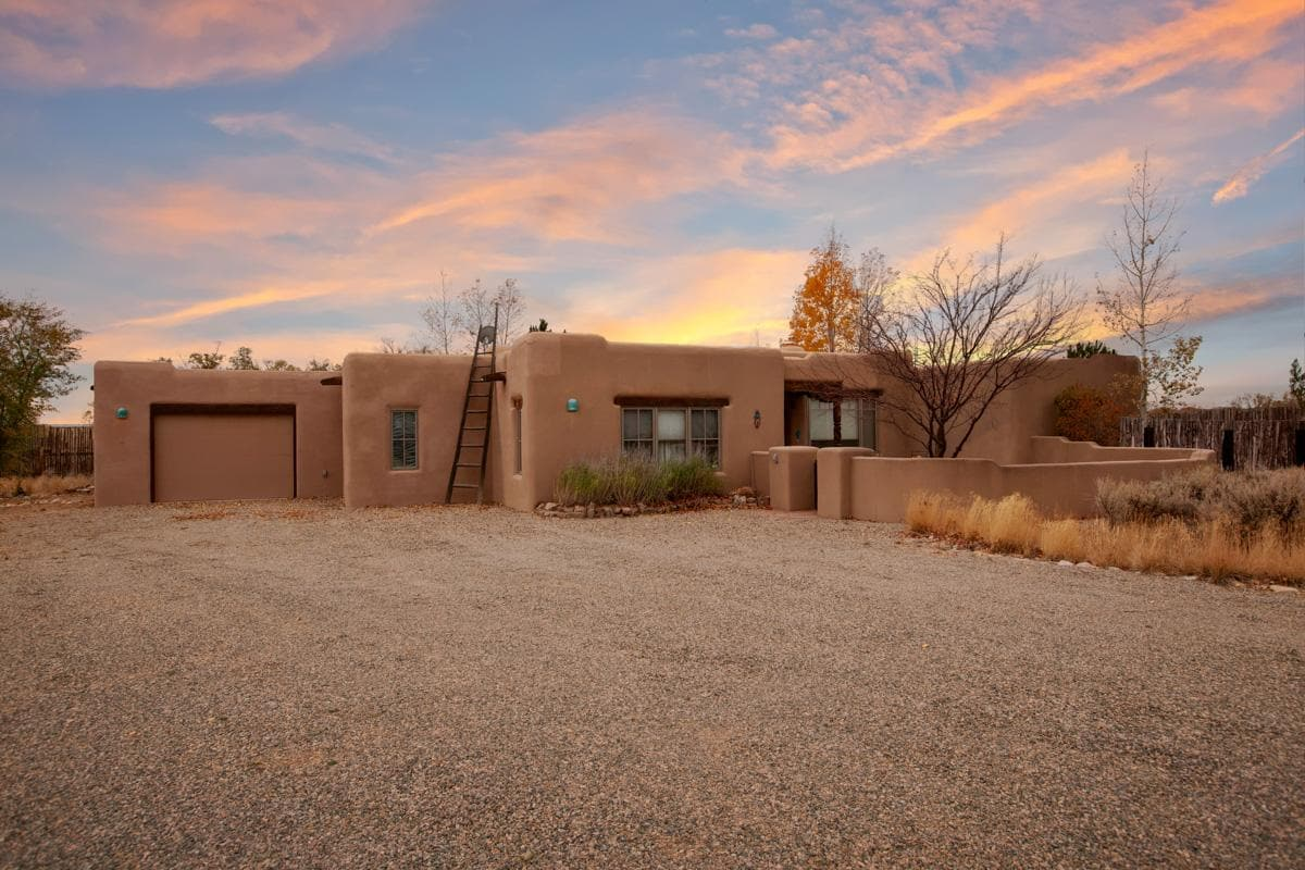 Property Image 1 - Impressive adobe home with stunning 360-degree mountain views, in proximity to Taos