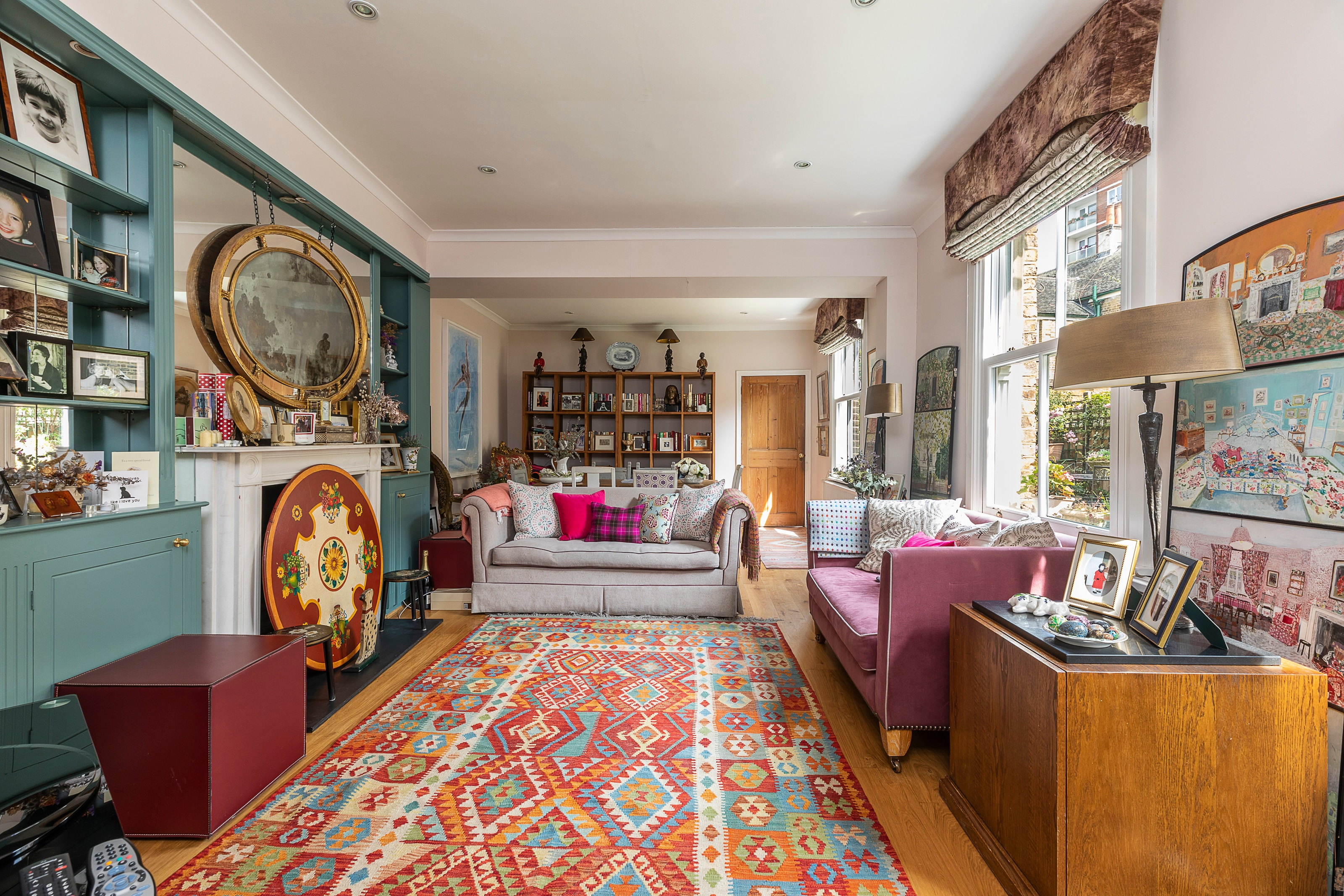 Property Image 2 - Traditional English home in Battersea, sleeps 9!