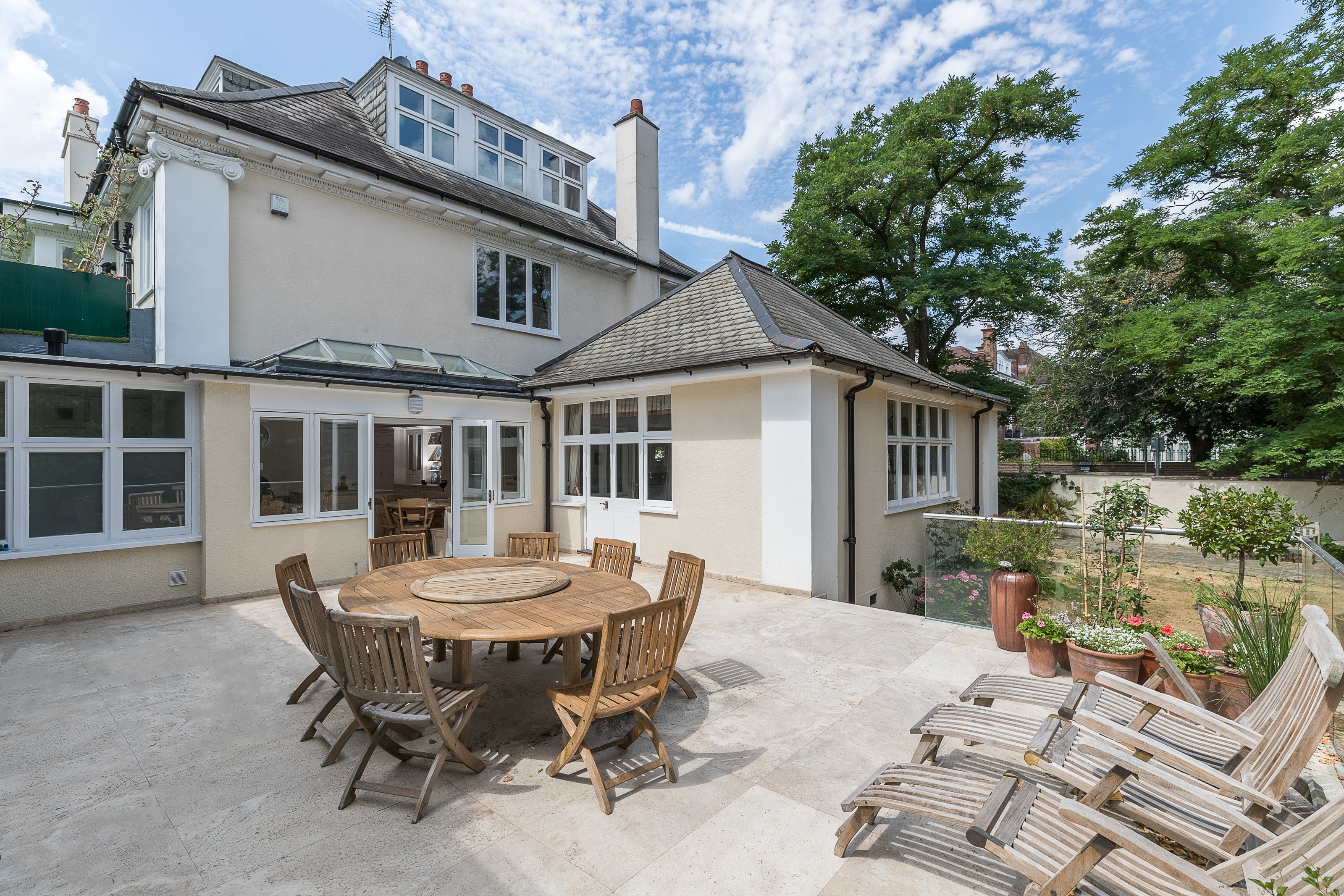 Property Image 1 - Stunning 5 bedroom house in Wimbledon with a garden