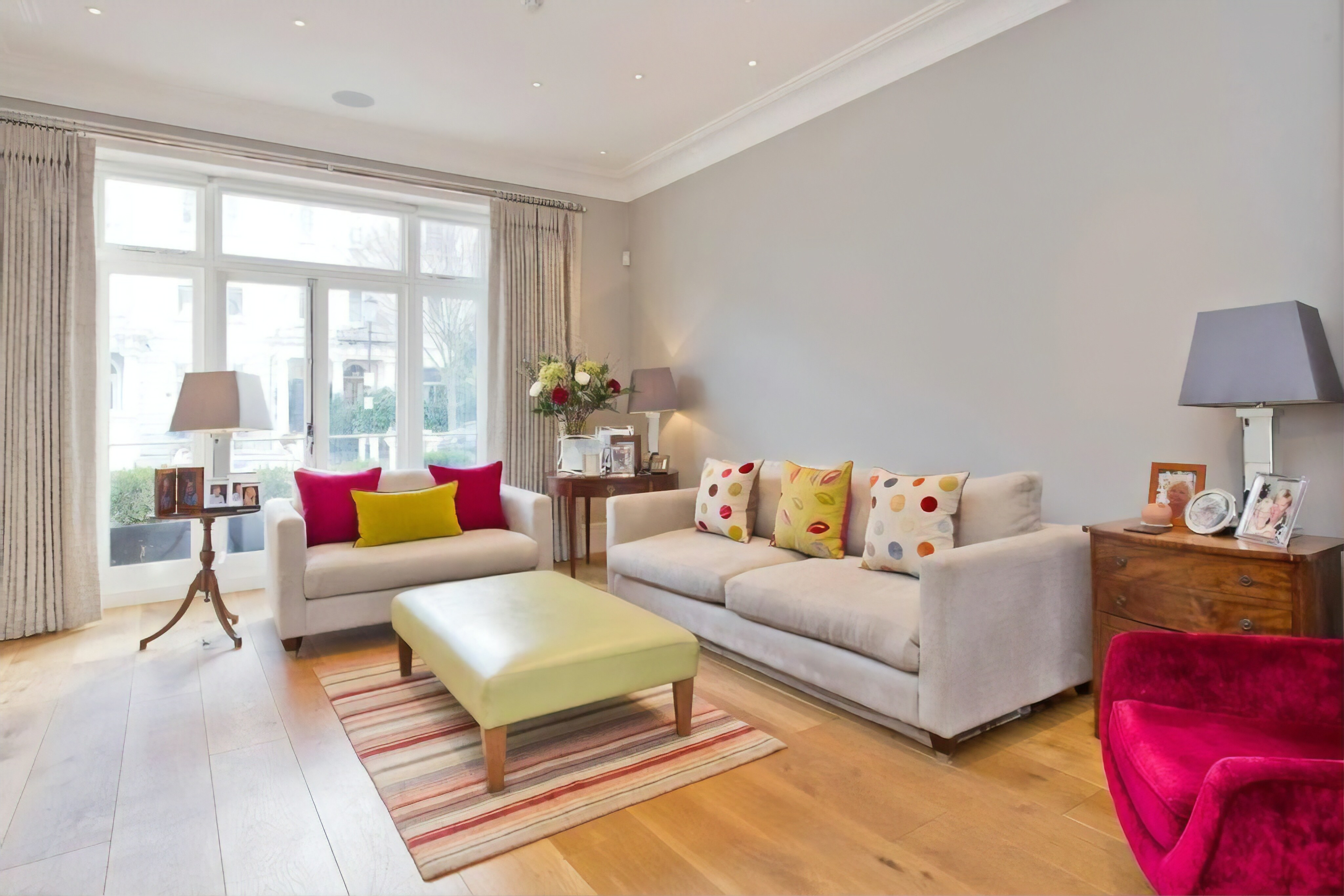 Property Image 1 - Stunning 4-bed house in Notting Hill w/ garden!