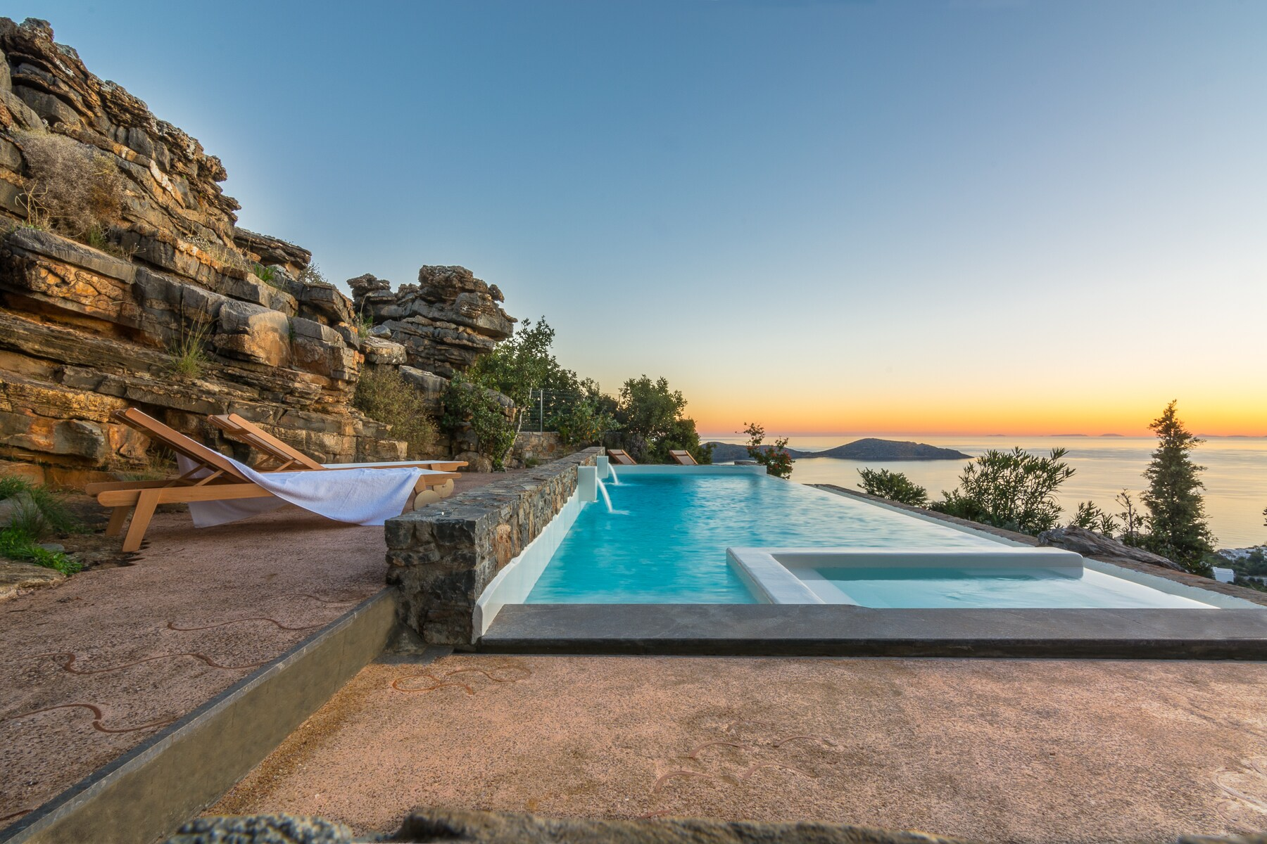 Property Image 1 - Stylish Natural Villa with Private Pool