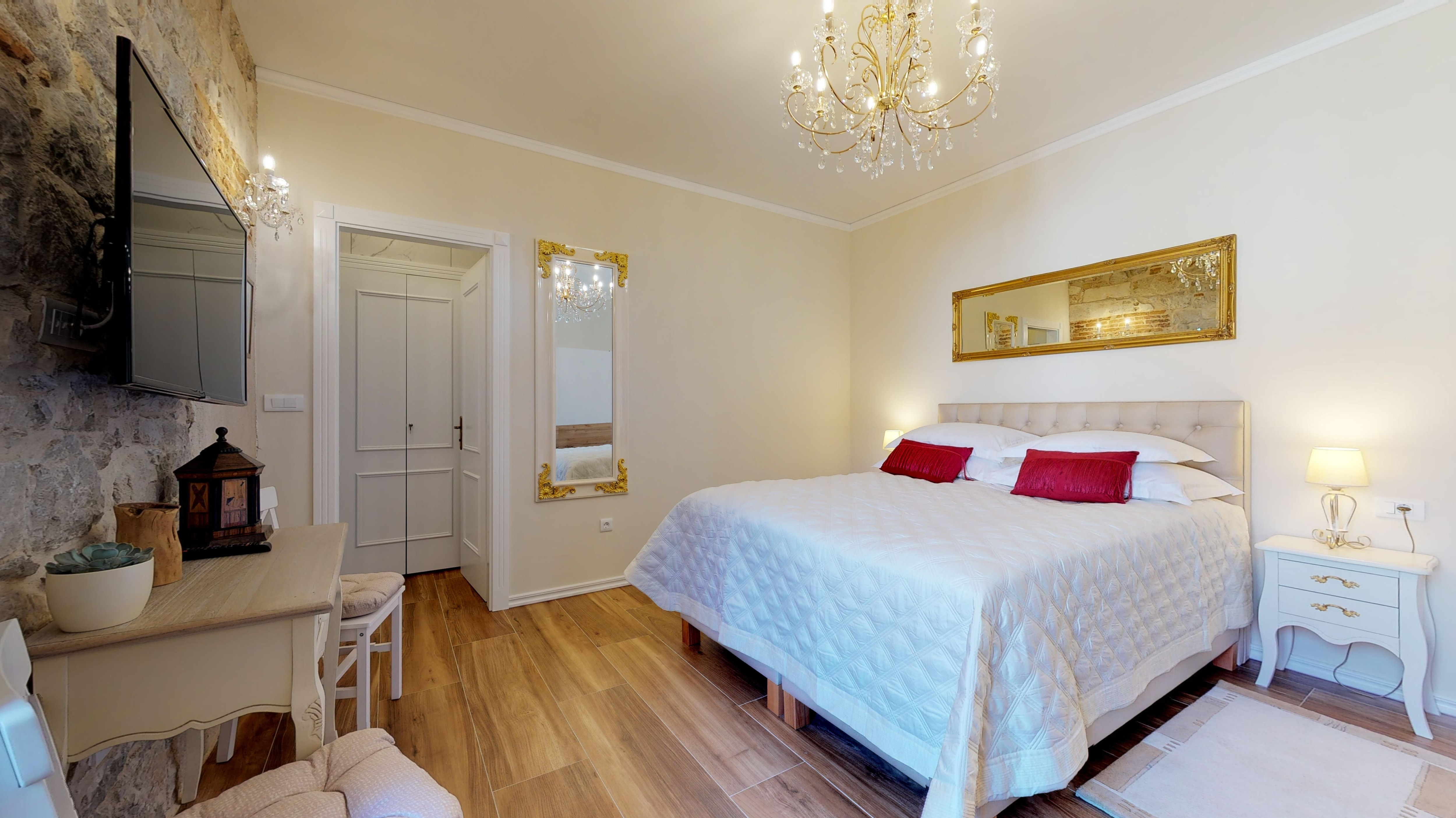 Premium one bedroom apartment within Diocletian's palace
