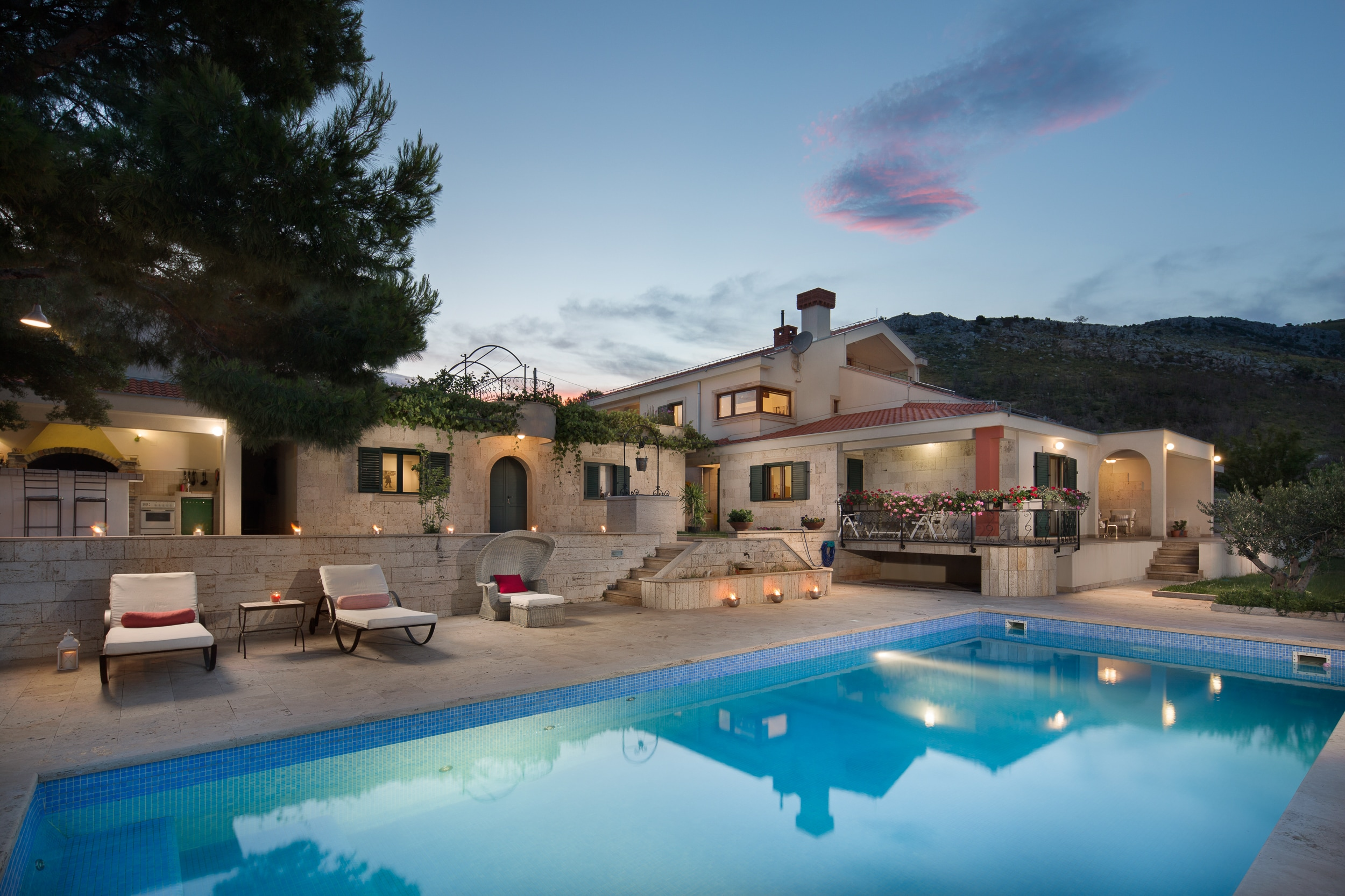 Property Image 1 - Picturesque Estate Surrounded by Olive Groves Perfect for Events