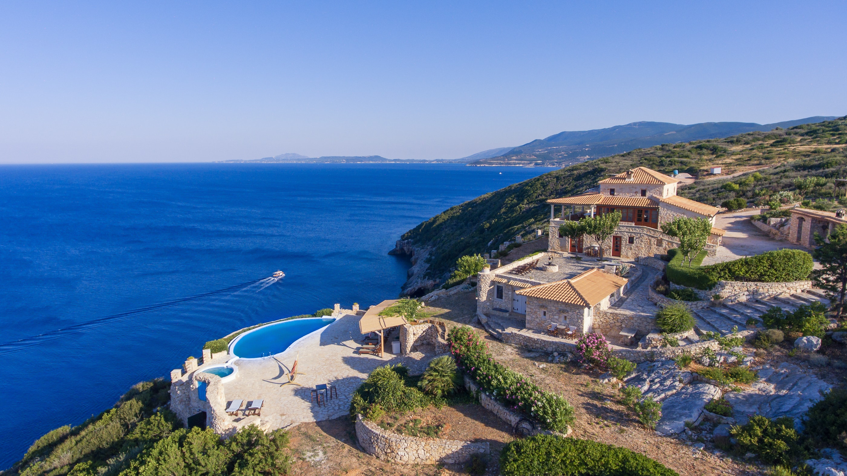 Property Image 1 - Cliff Facing Luxury Villa with Private Pool