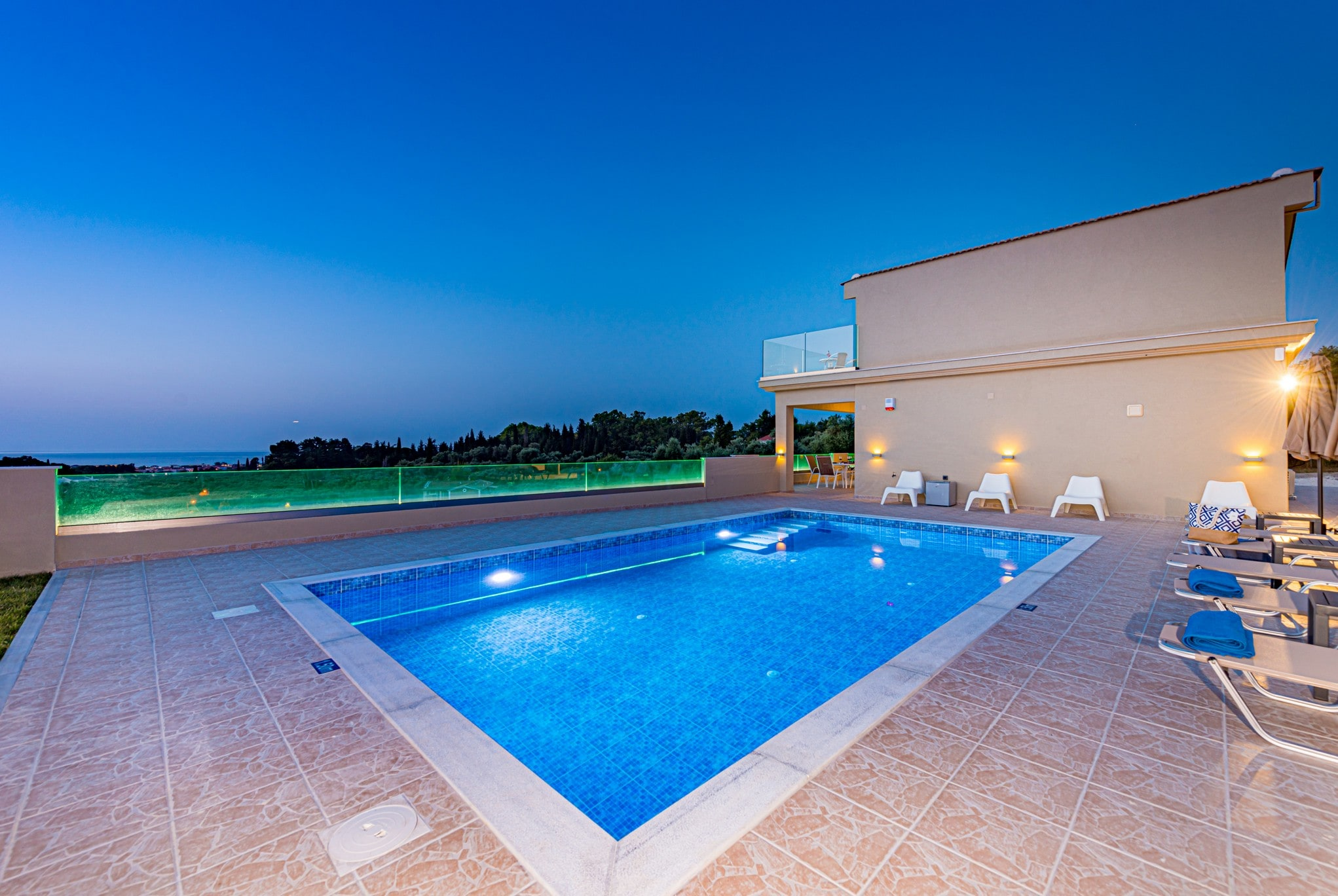 Property Image 2 - Tranquil Luxury Villa with Private Pool