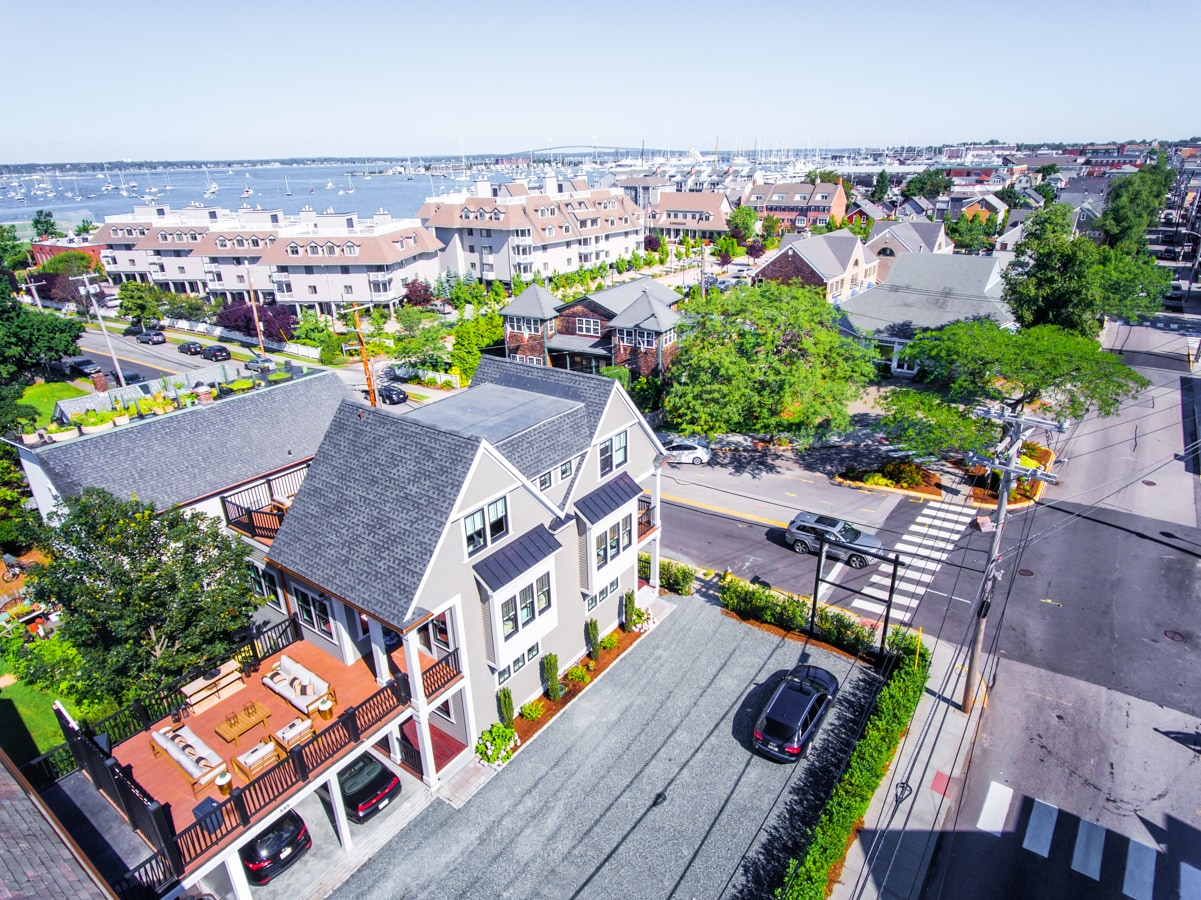 Immaculate Townhome with Harbor Views from Balcony