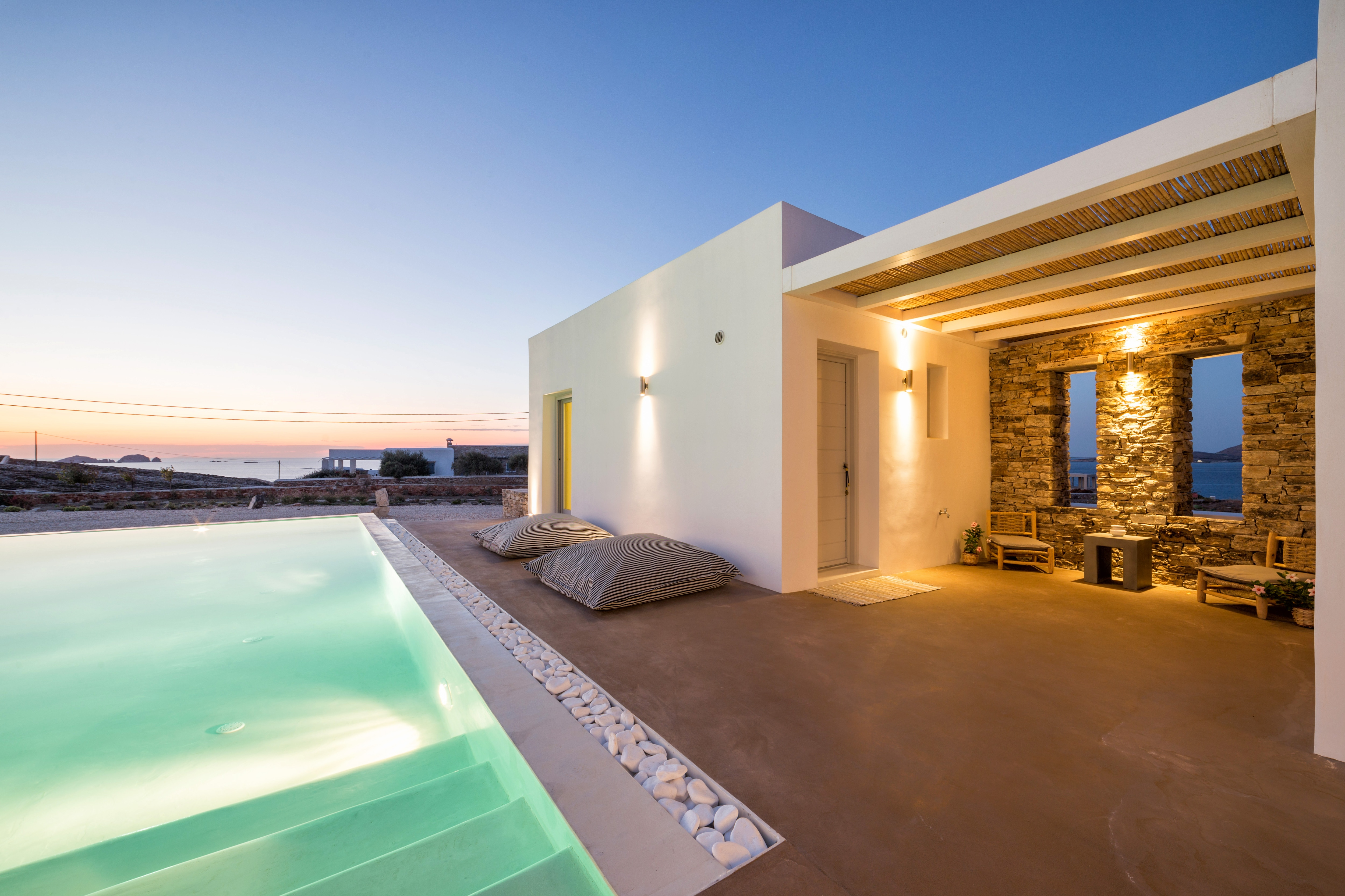 Property Image 2 - Classic Minimalist Villa with private pool