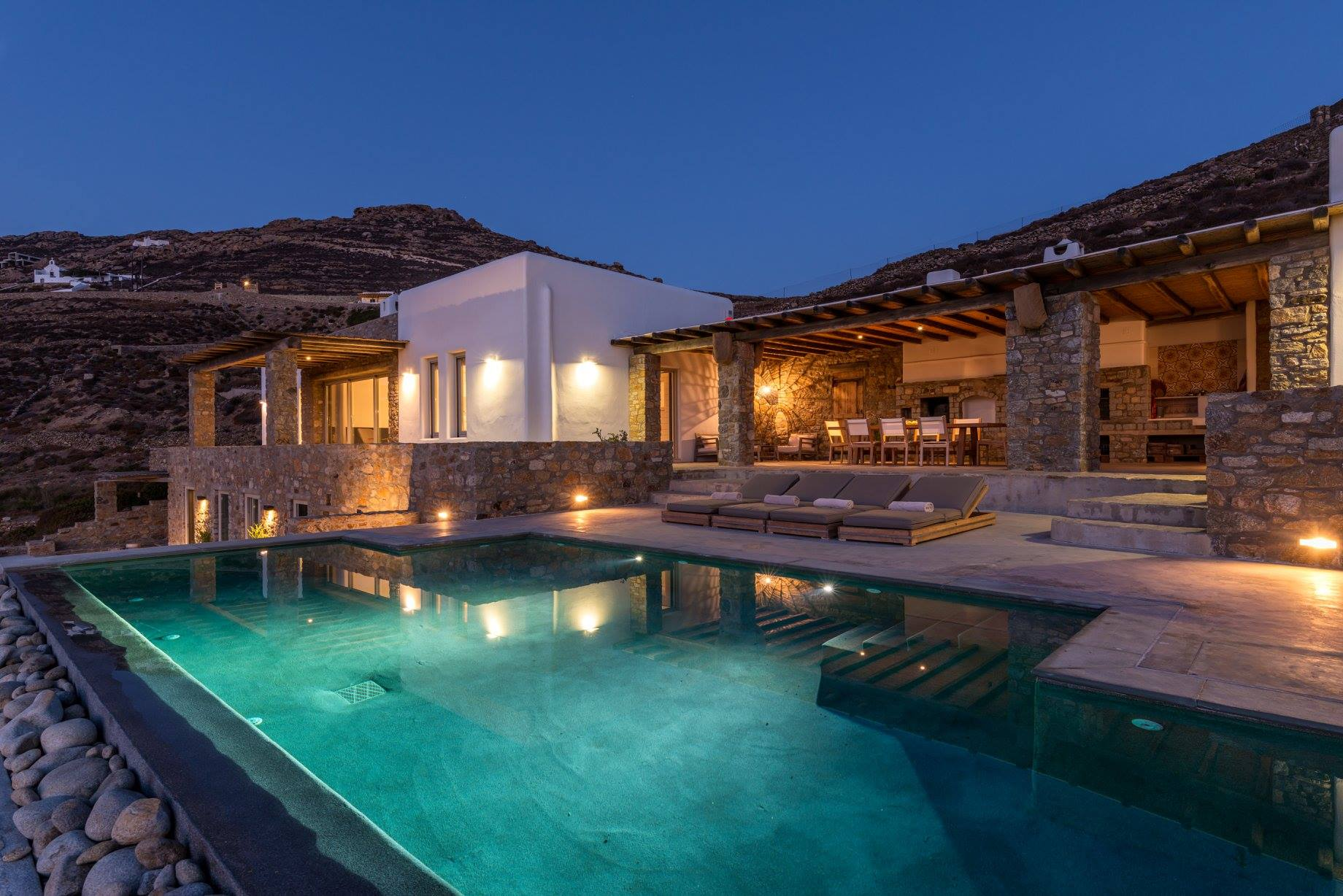 Property Image 1 - Stunning villa with spectacular sunset views and dazzling pool