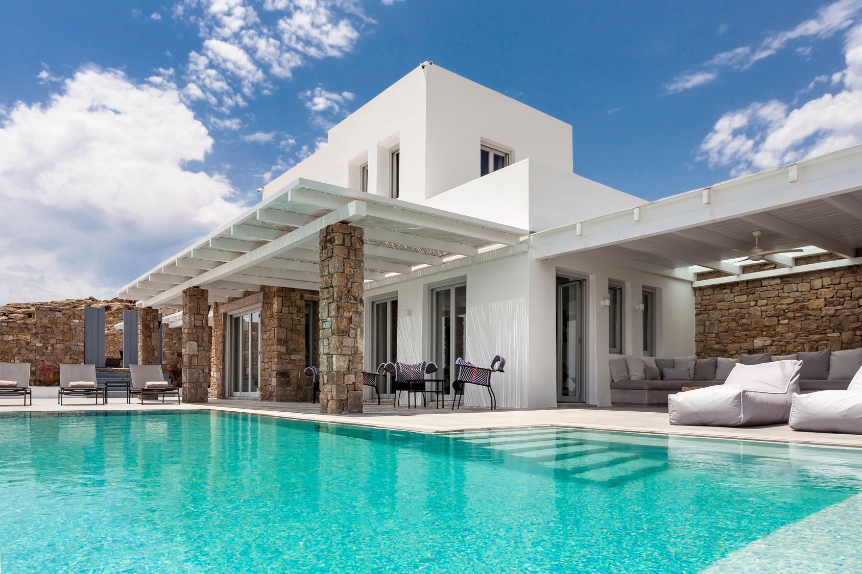 Property Image 1 - Gorgeous 7 bedroom villa with private pool