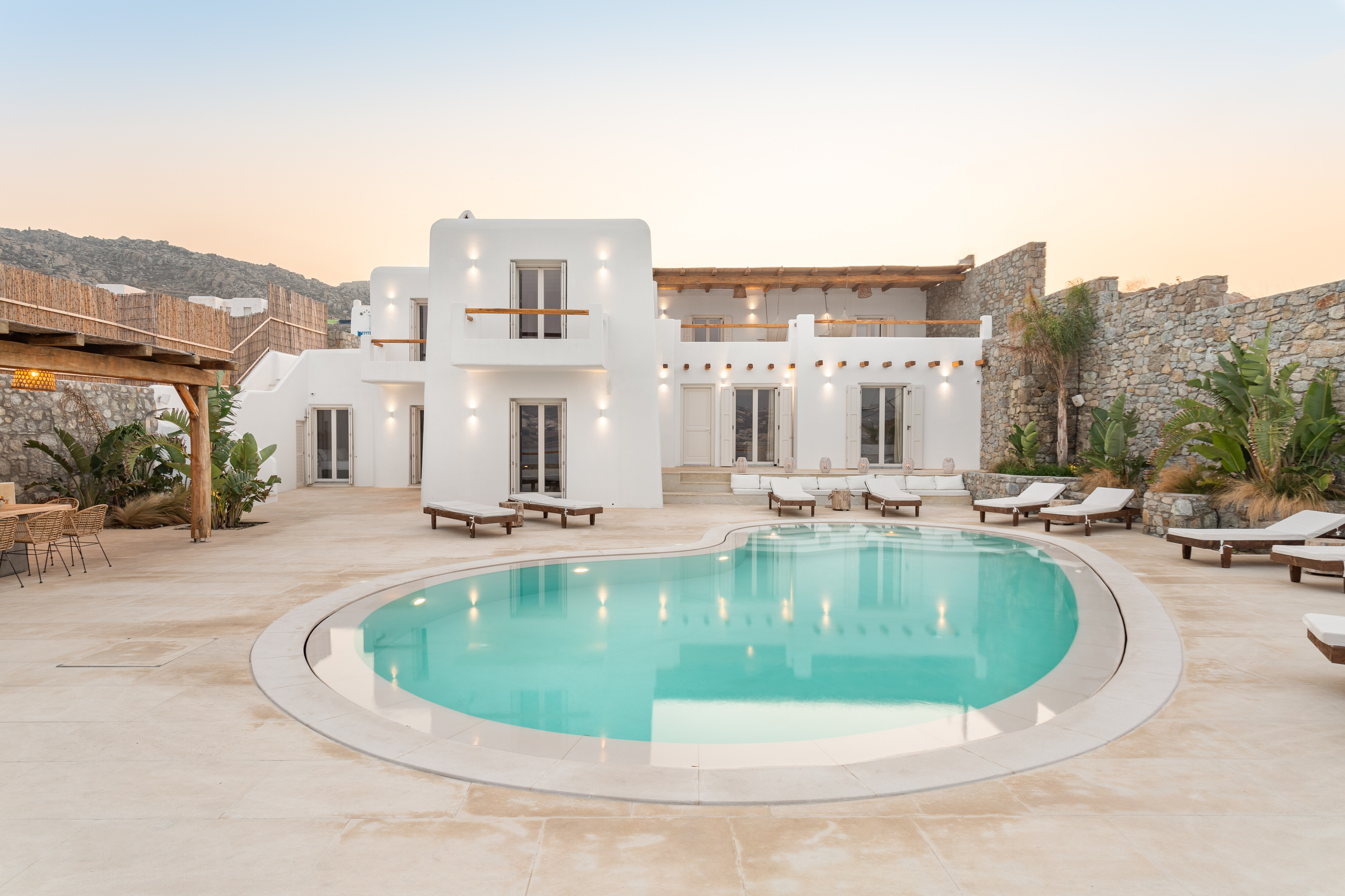 Property Image 1 - Majestic large villa with private pool