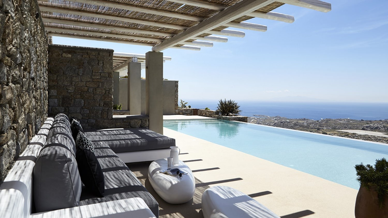 Property Image 2 - Captivating Elegant villa with private pool