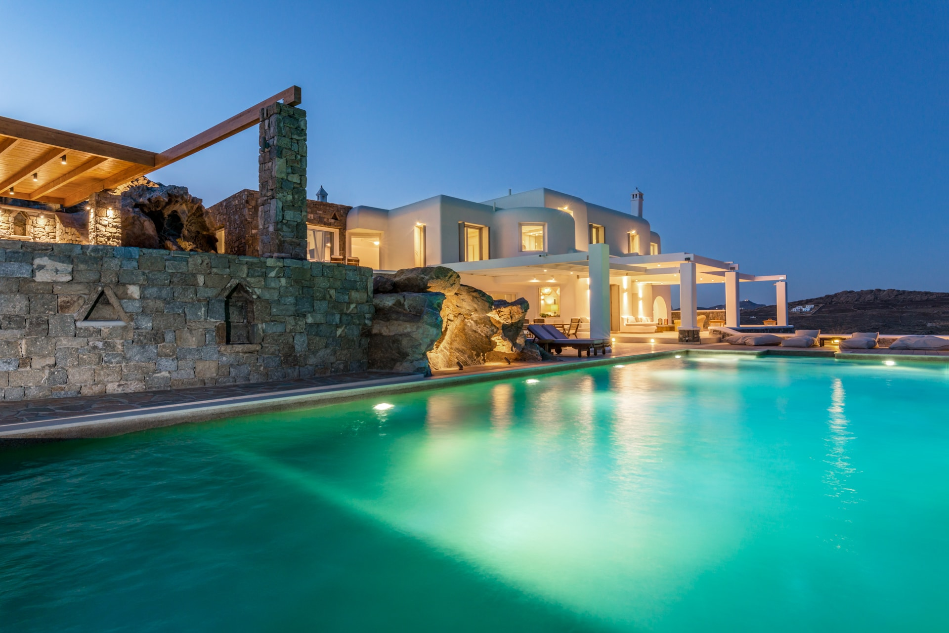 Stunning Villa with two infinity pools and amazing view