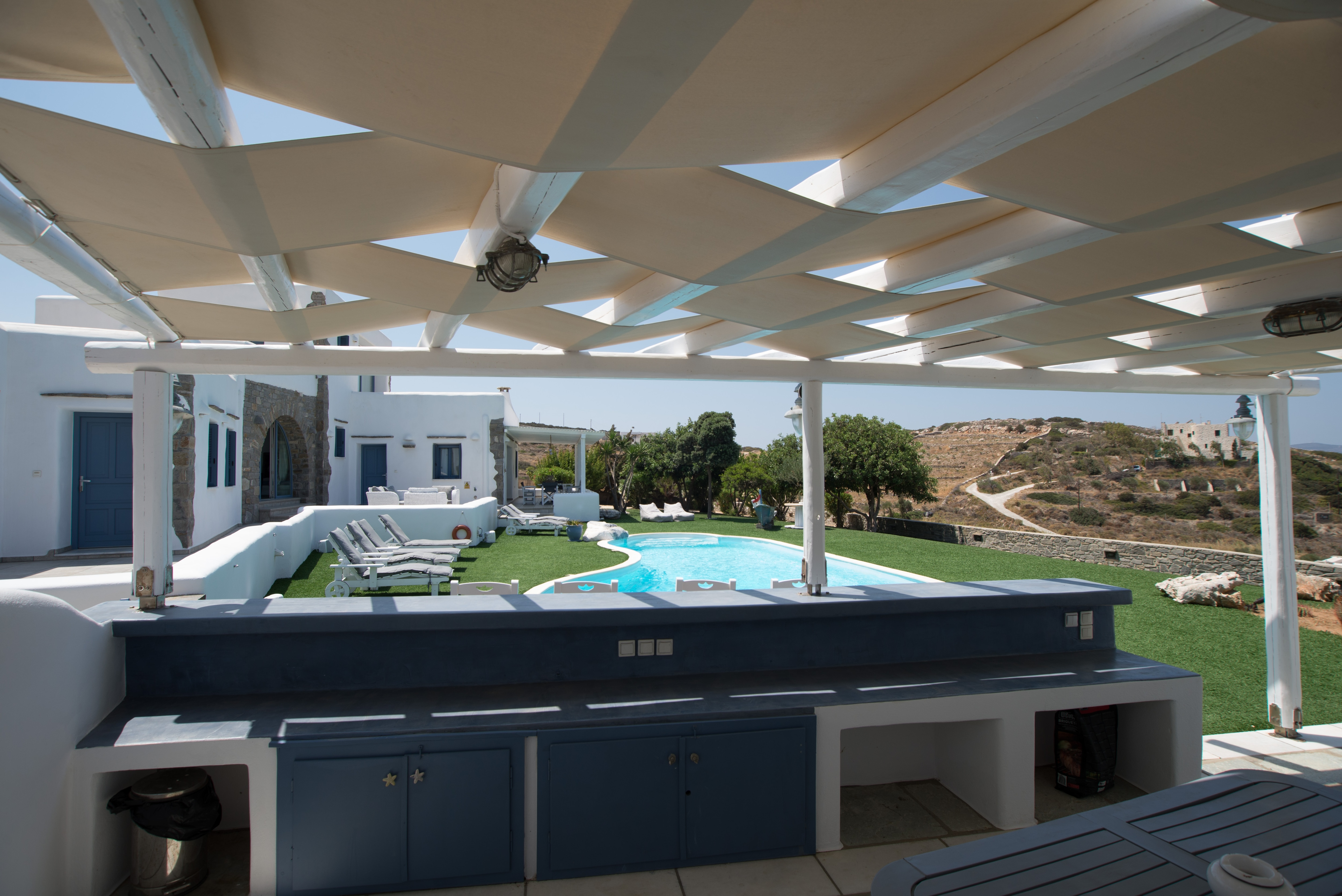 Property Image 1 - Beautiful 5 bedroom villa with private pool and tennis court