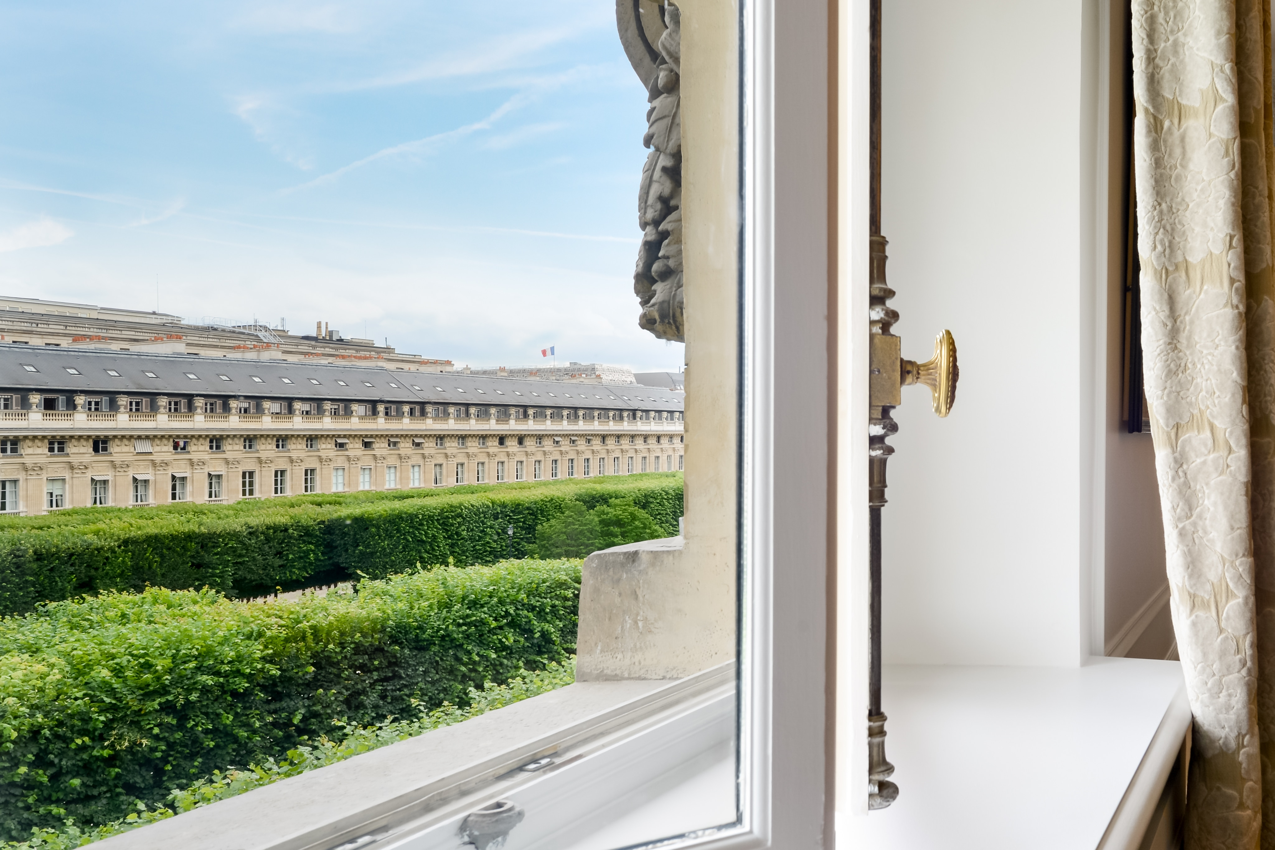 Property Image 2 - Palais Royal Louvre Luxury Two Bedroom