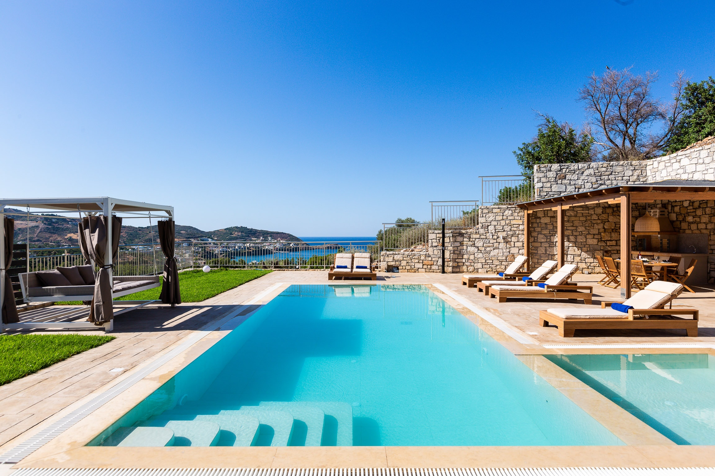 Property Image 1 - Hillside Modern Villa with Stunning Sea Views