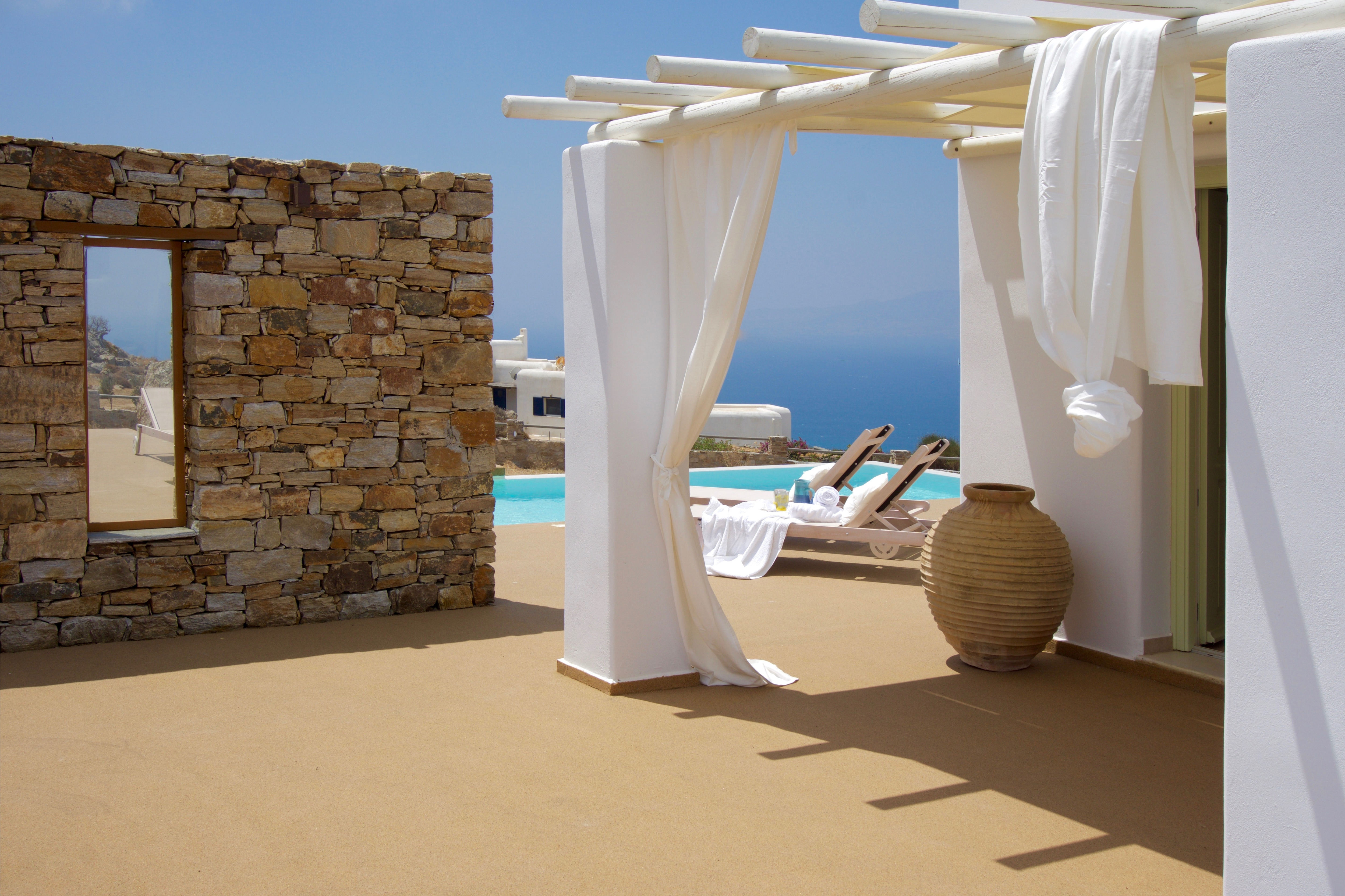 Property Image 2 - Cozy 2 bedroom hilltop villa with private pool