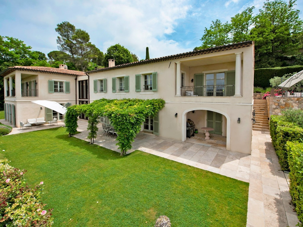 Property Image 1 - Upscale French Villa in Medieval Village with Panoramic Views