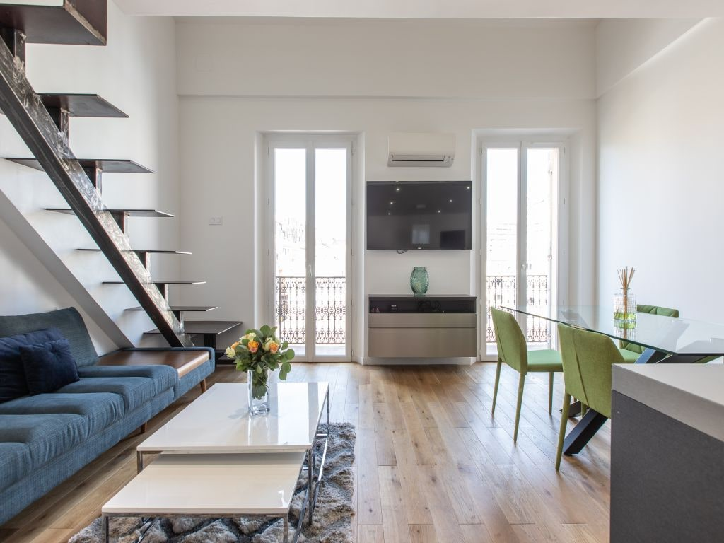 Bright, Modern Apartment with Balcony and Sea View; Near Old Town