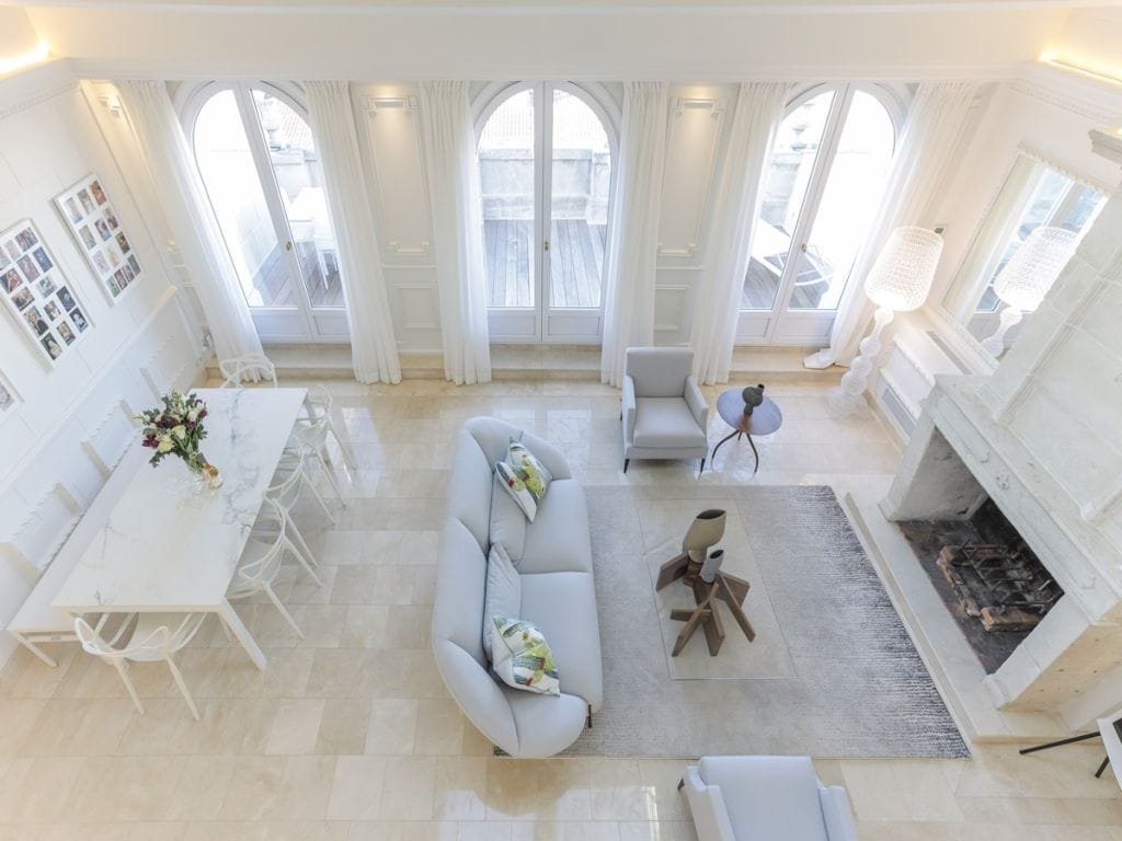 Property Image 1 - Spacious Bright Penthouse in Heart of Cannes with Terrace and City View