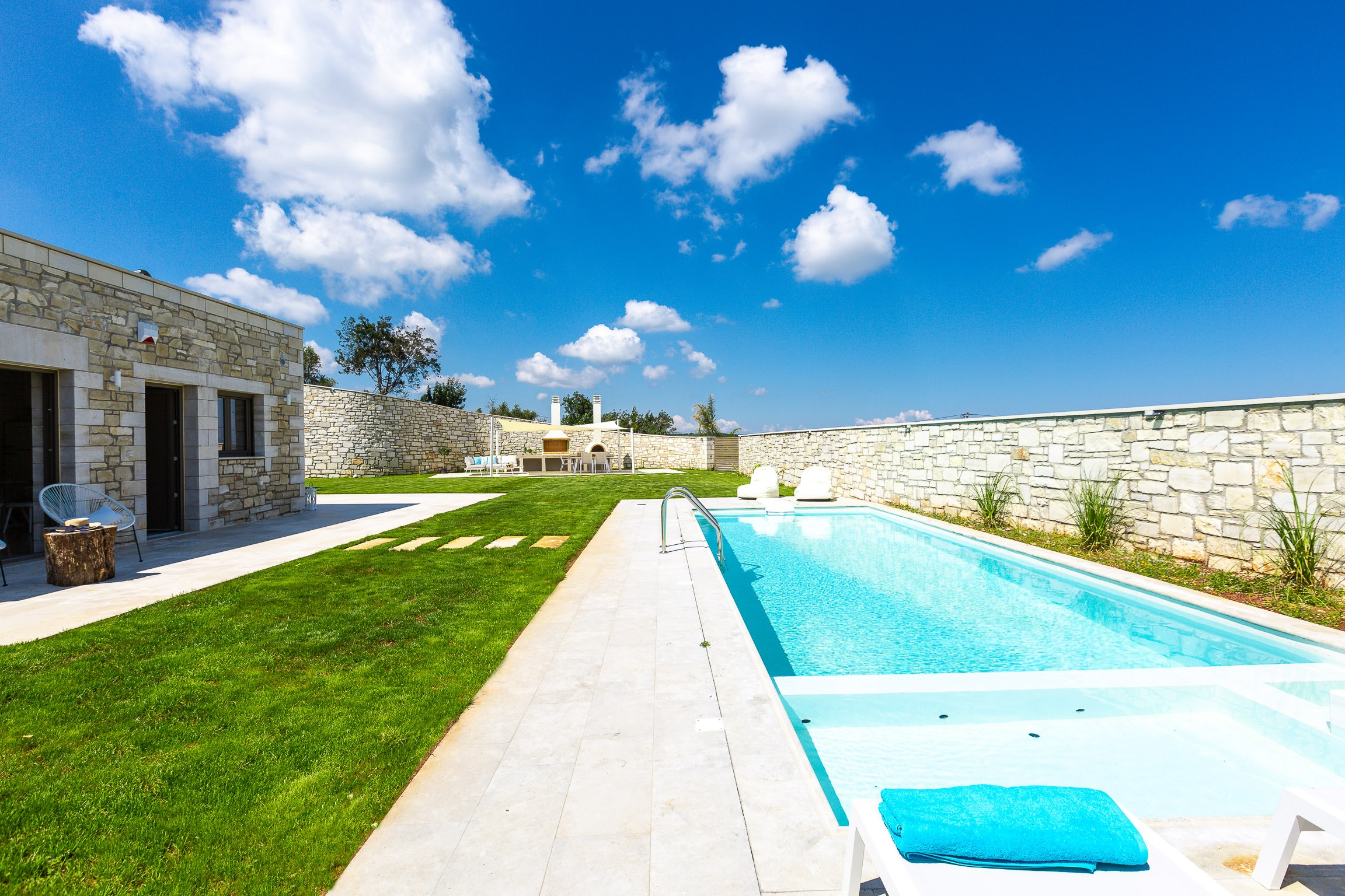 Captivating Polished Villa with Private Pool & Spa Whirlpool