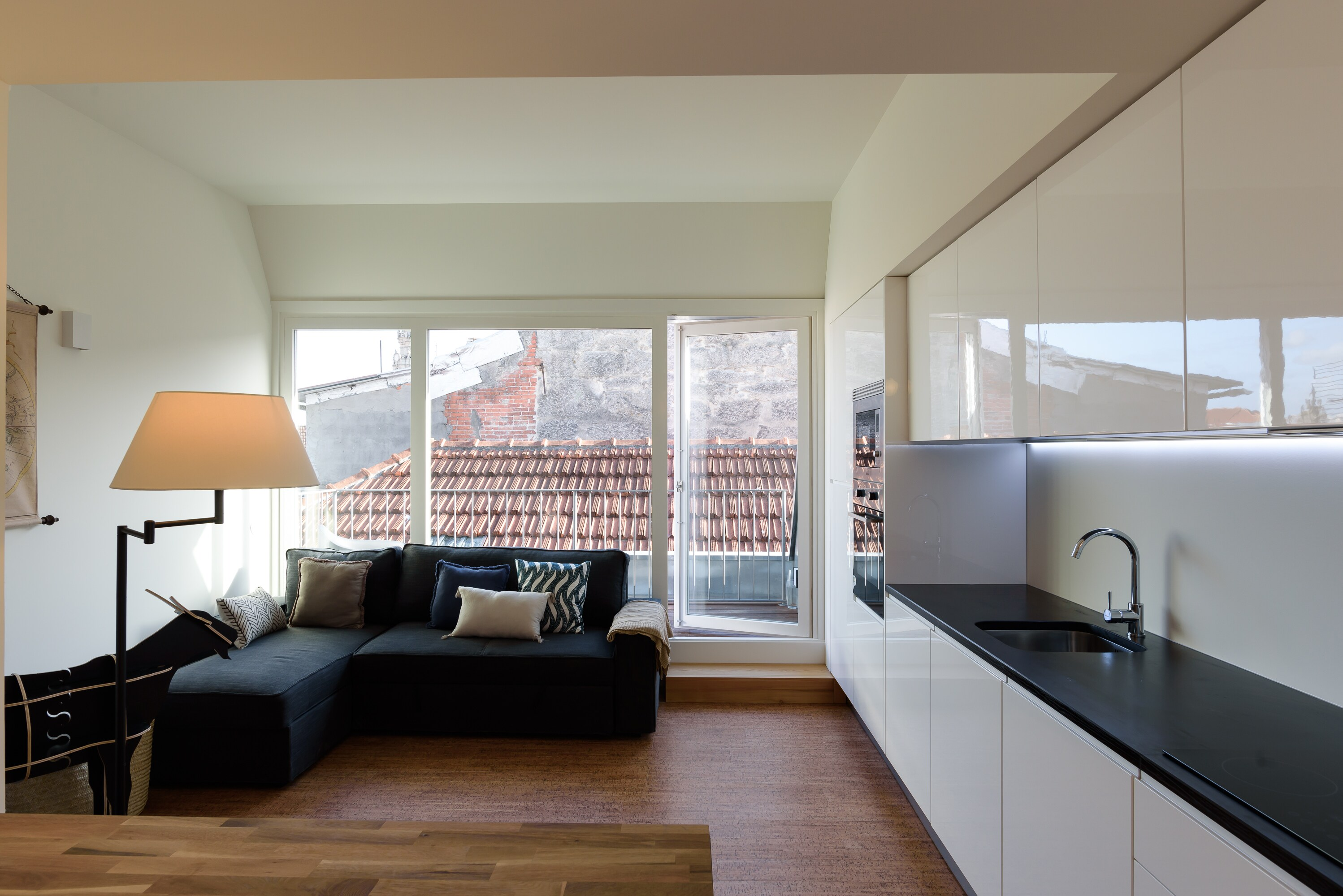 Property Image 2 - Exclusive City Apartment with Balcony
