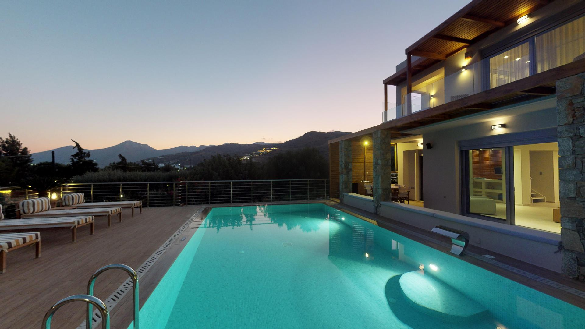 Property Image 2 - Fabulous villa with private pool and near the beach
