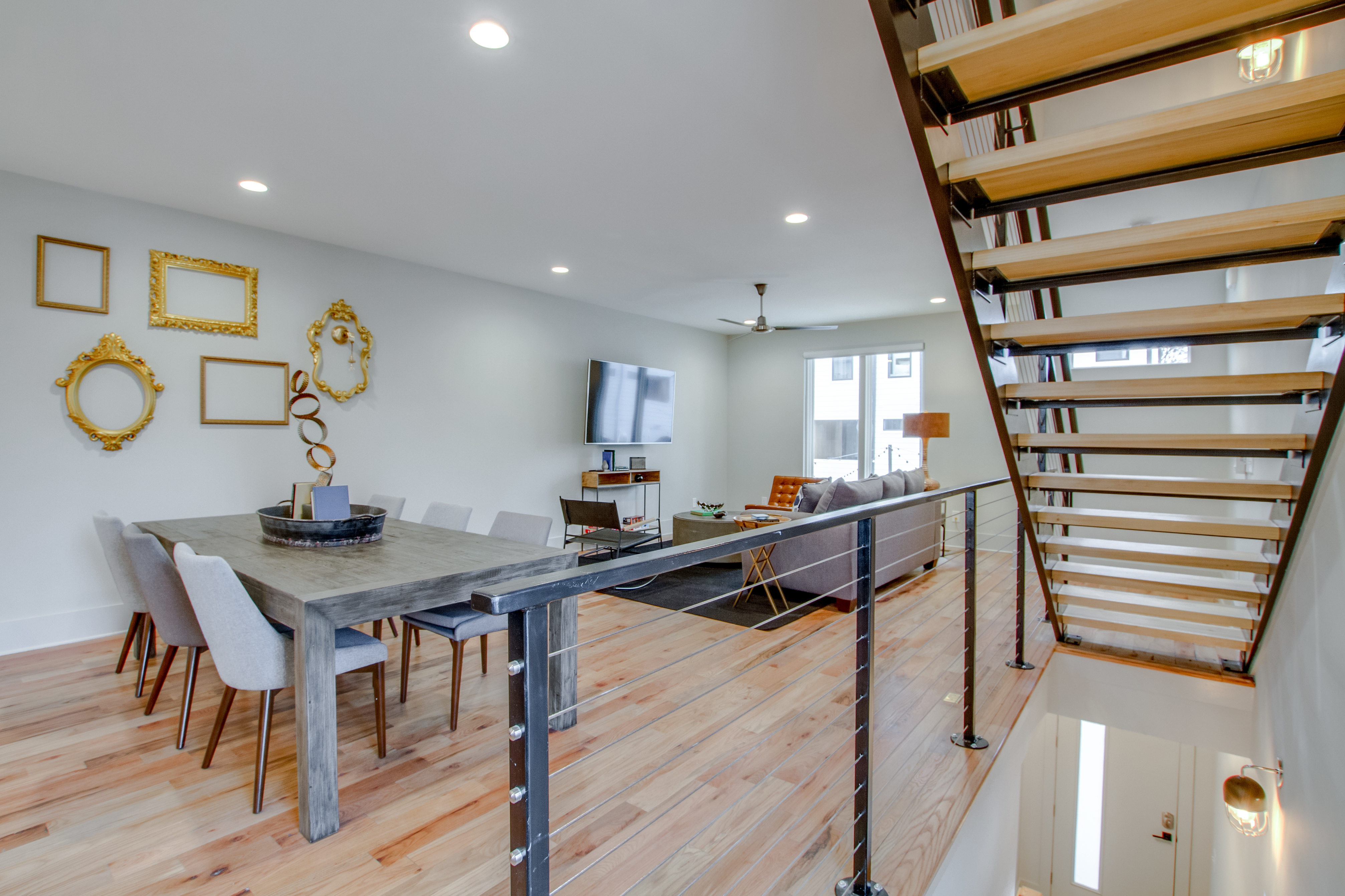 Property Image 1 - Music City Townhome With Premier & Superb Location