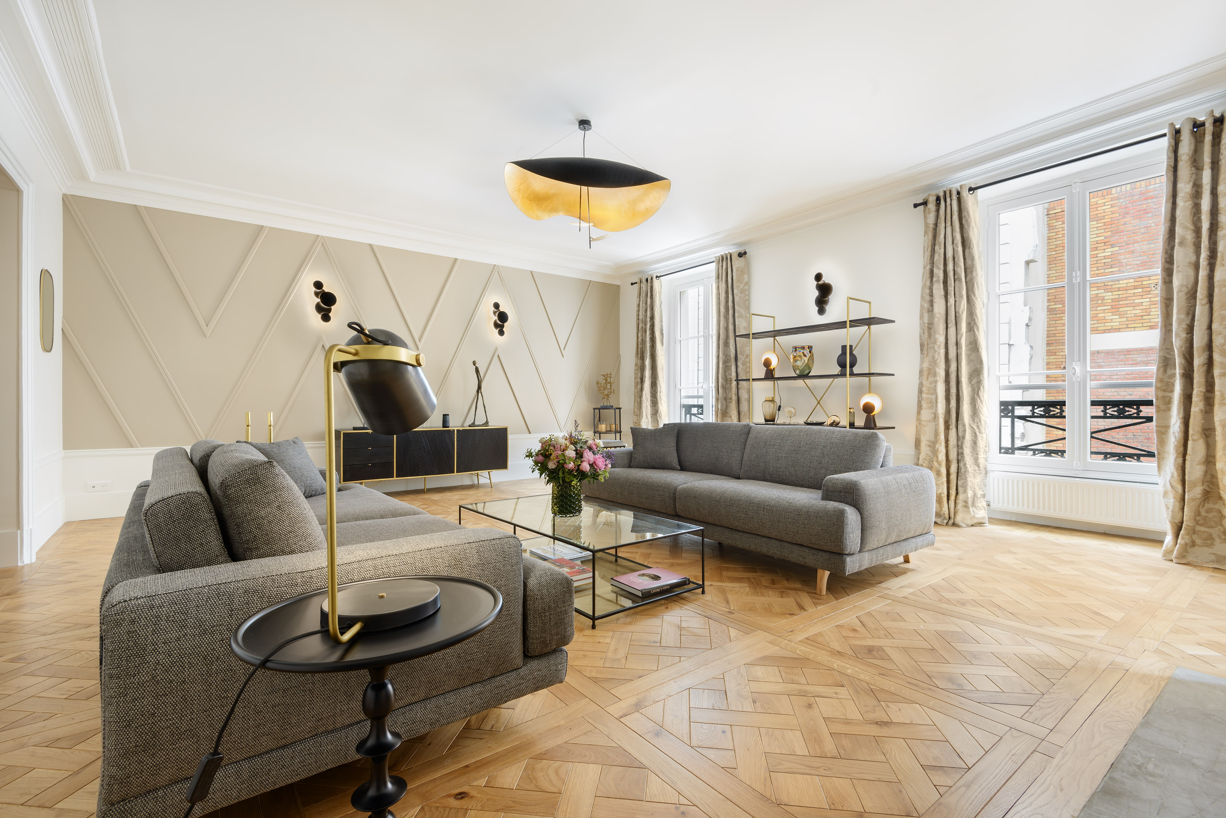 Property Image 1 - Modern Chic 2 bedroom apartment in the heart of the Marais