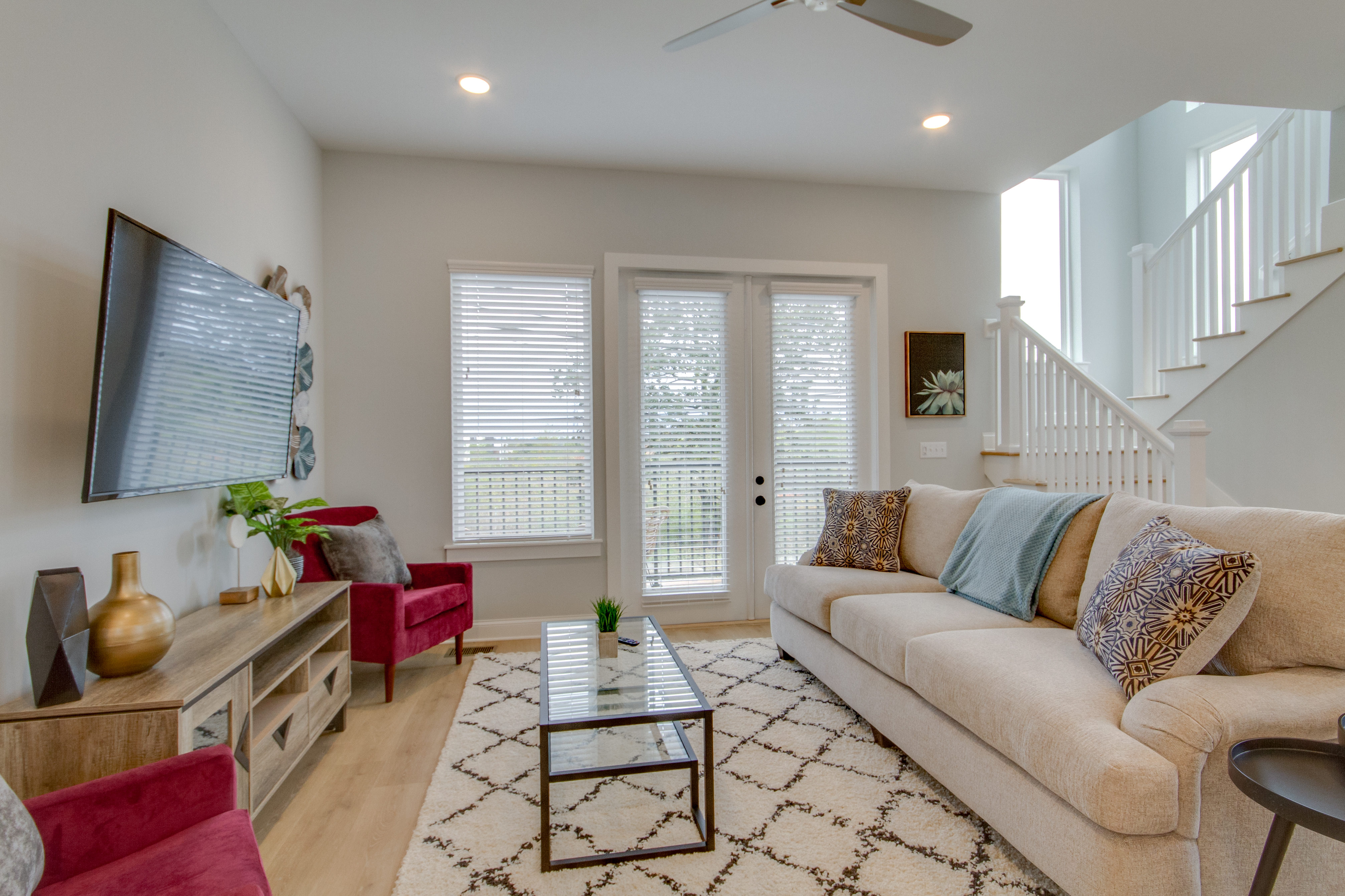 Property Image 1 - Elite Townhome With Swanky & Fun Decor With 9 Comfy Beds