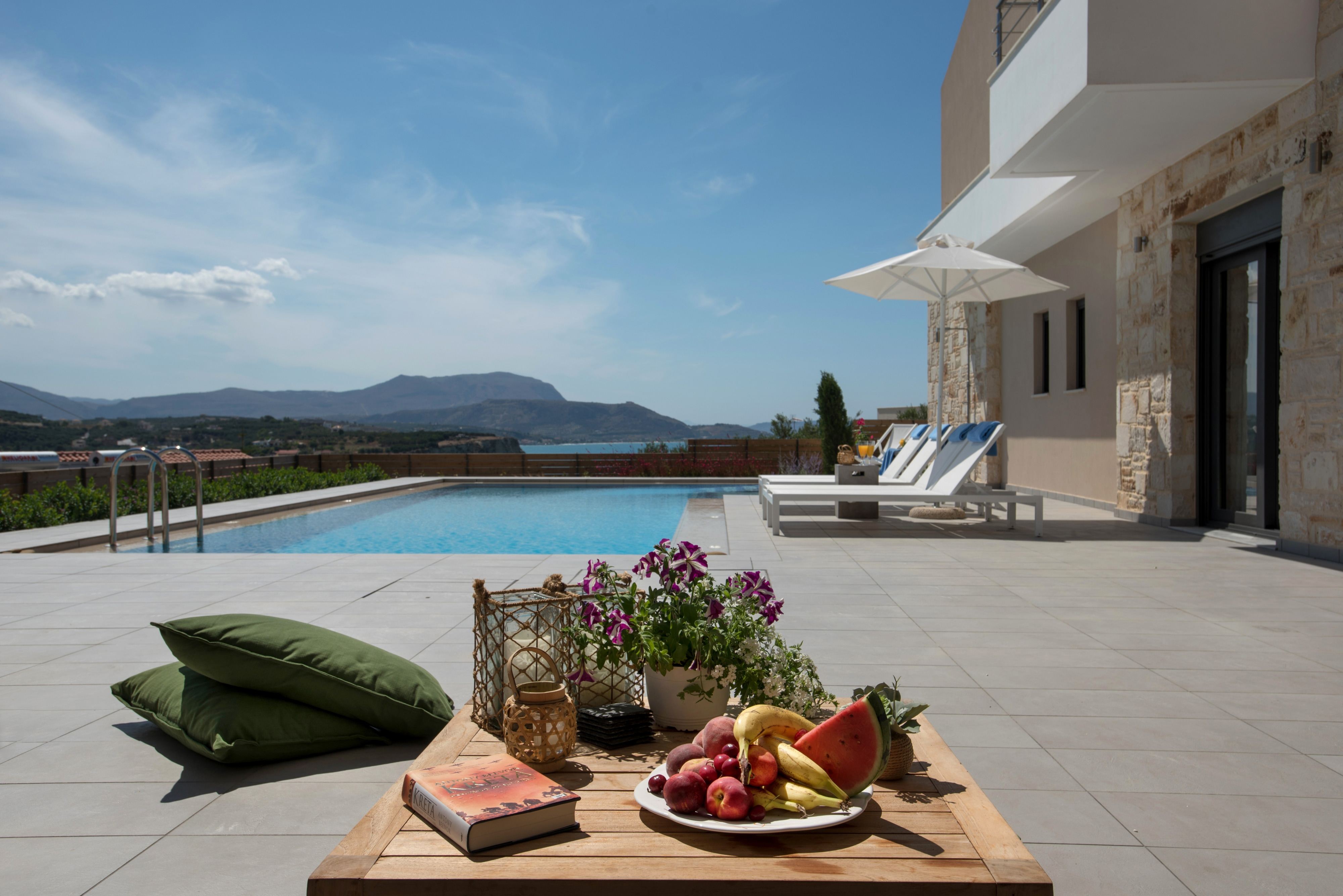 Property Image 2 - Contemporary villa with aesthetic interior design and private pool
