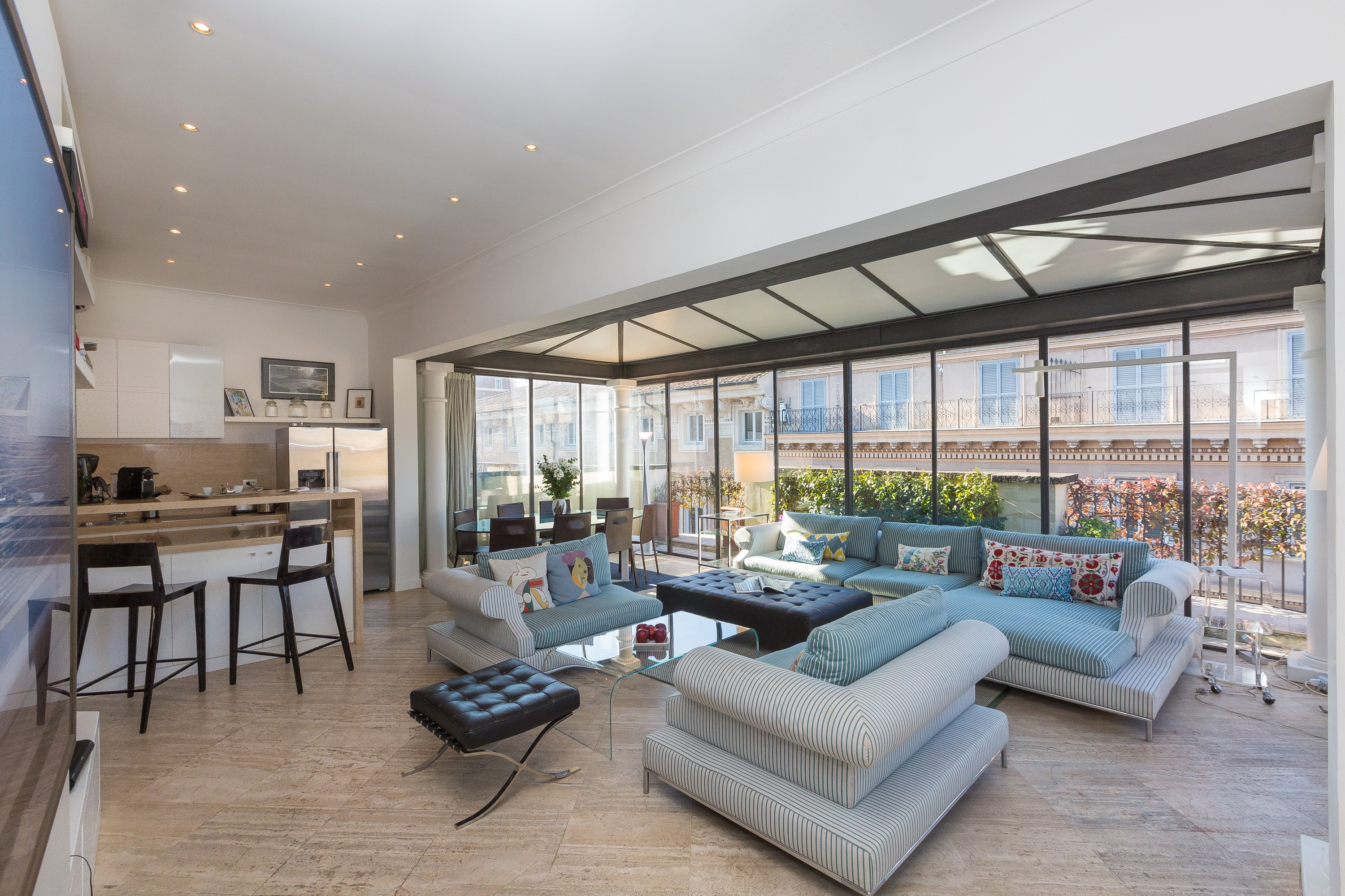 Breathtaking Four Bedroom Apartment near the World Iconic Colosseo