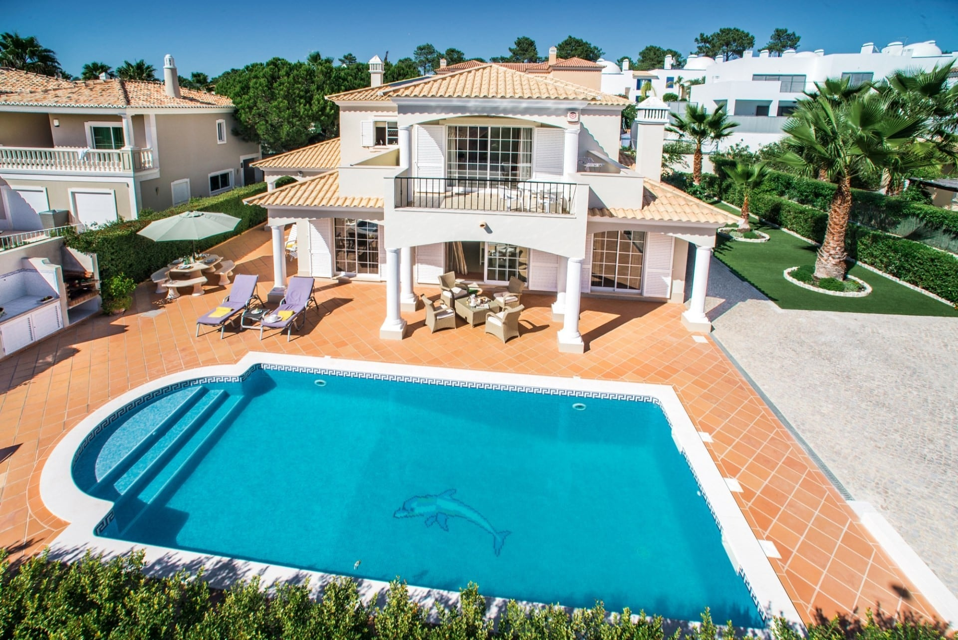 Property Image 1 - Luxury 4 Bedroom Villa in Varandas do Lago with Private Heated Pool & BBQ
