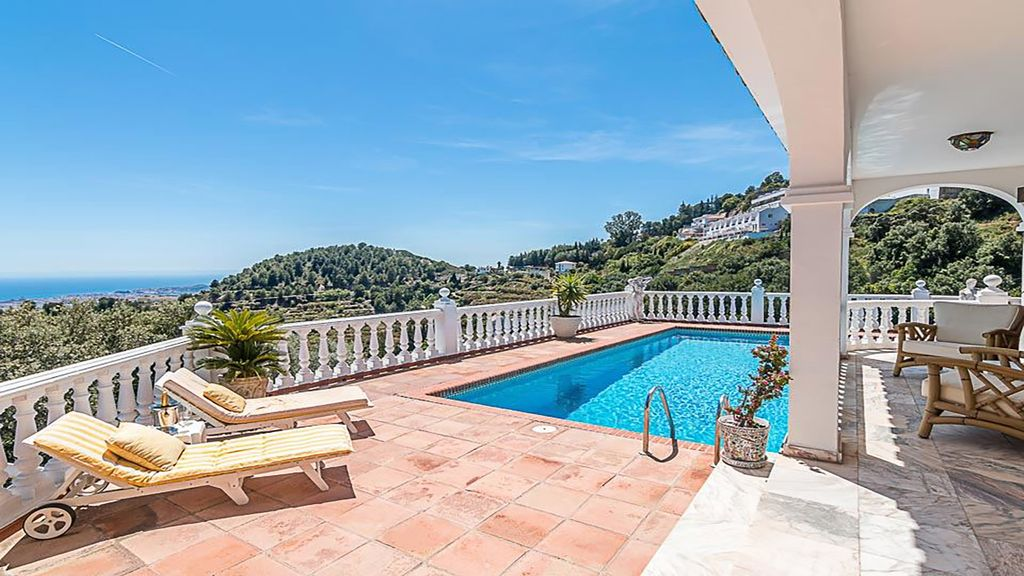 Property Image 2 - Countryside villa in tranquil settings with beautiful views