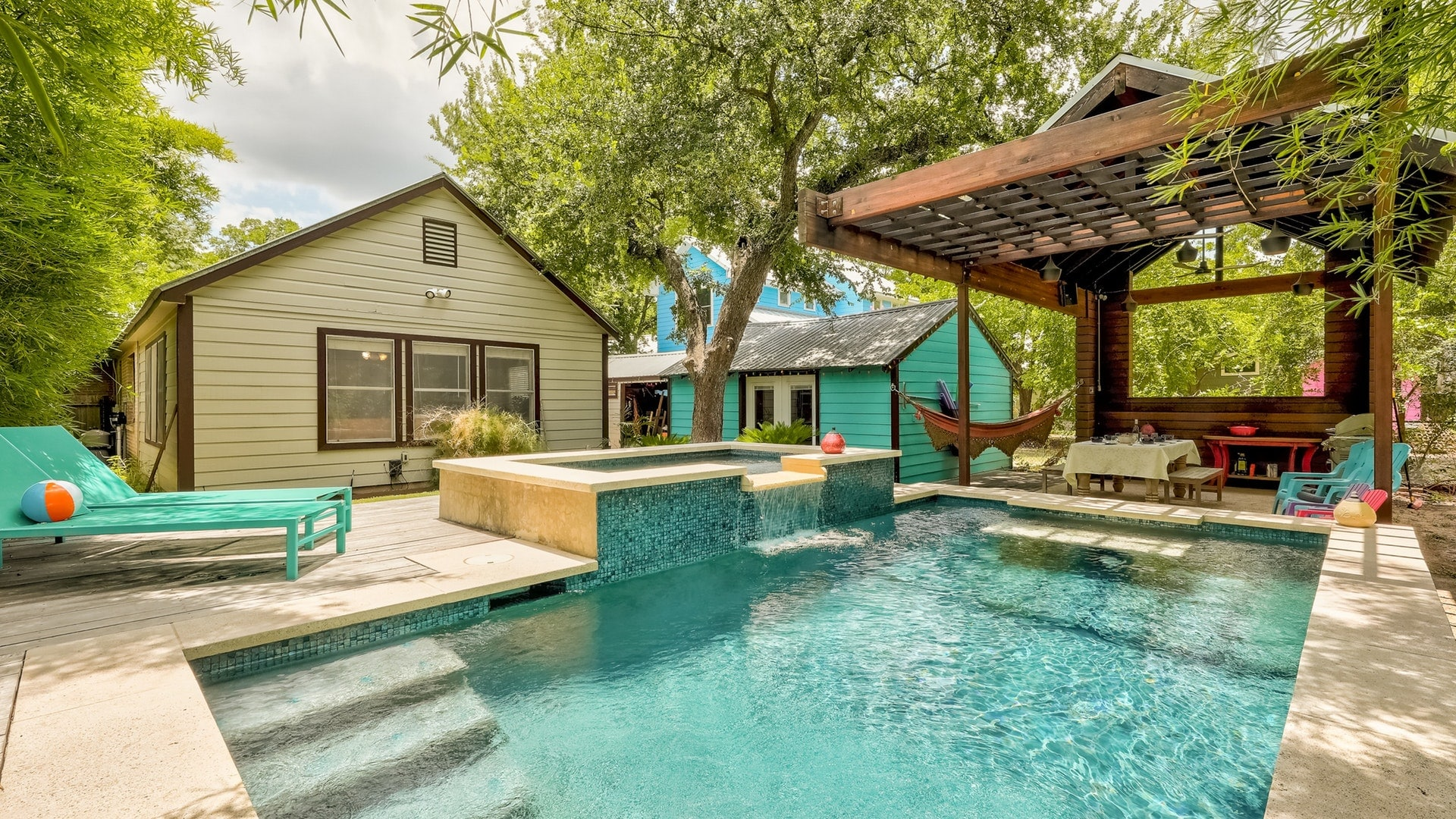 4BR Home with Backyard Oasis and Sparkling Pool