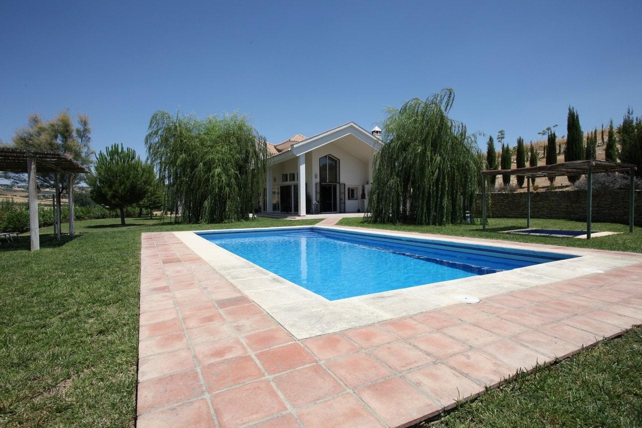 Property Image 1 - Country gem located in the rolling hills of Ronda