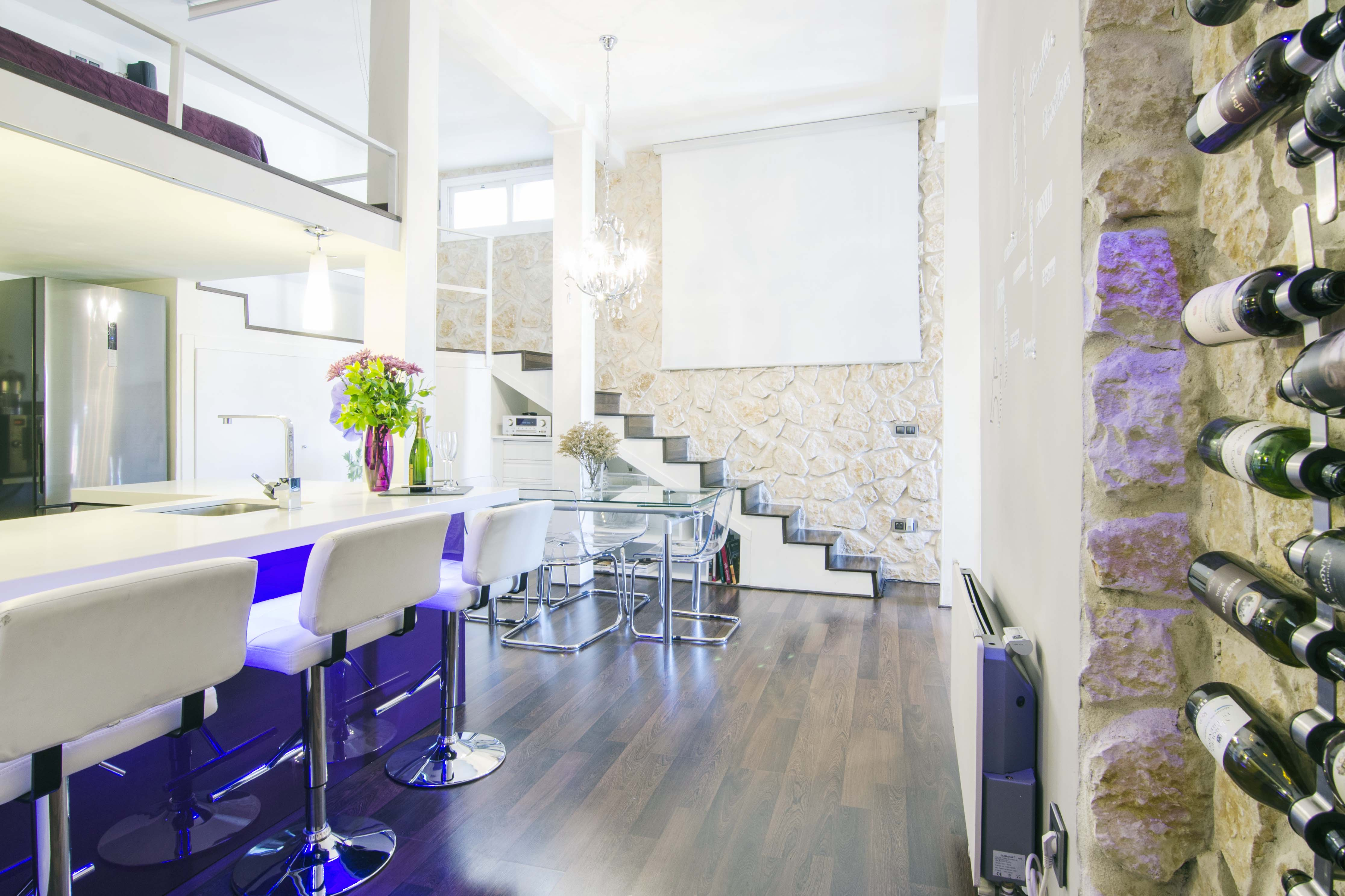 Property Image 2 - Design 1 Bedroom Loft in Heart of Madrid