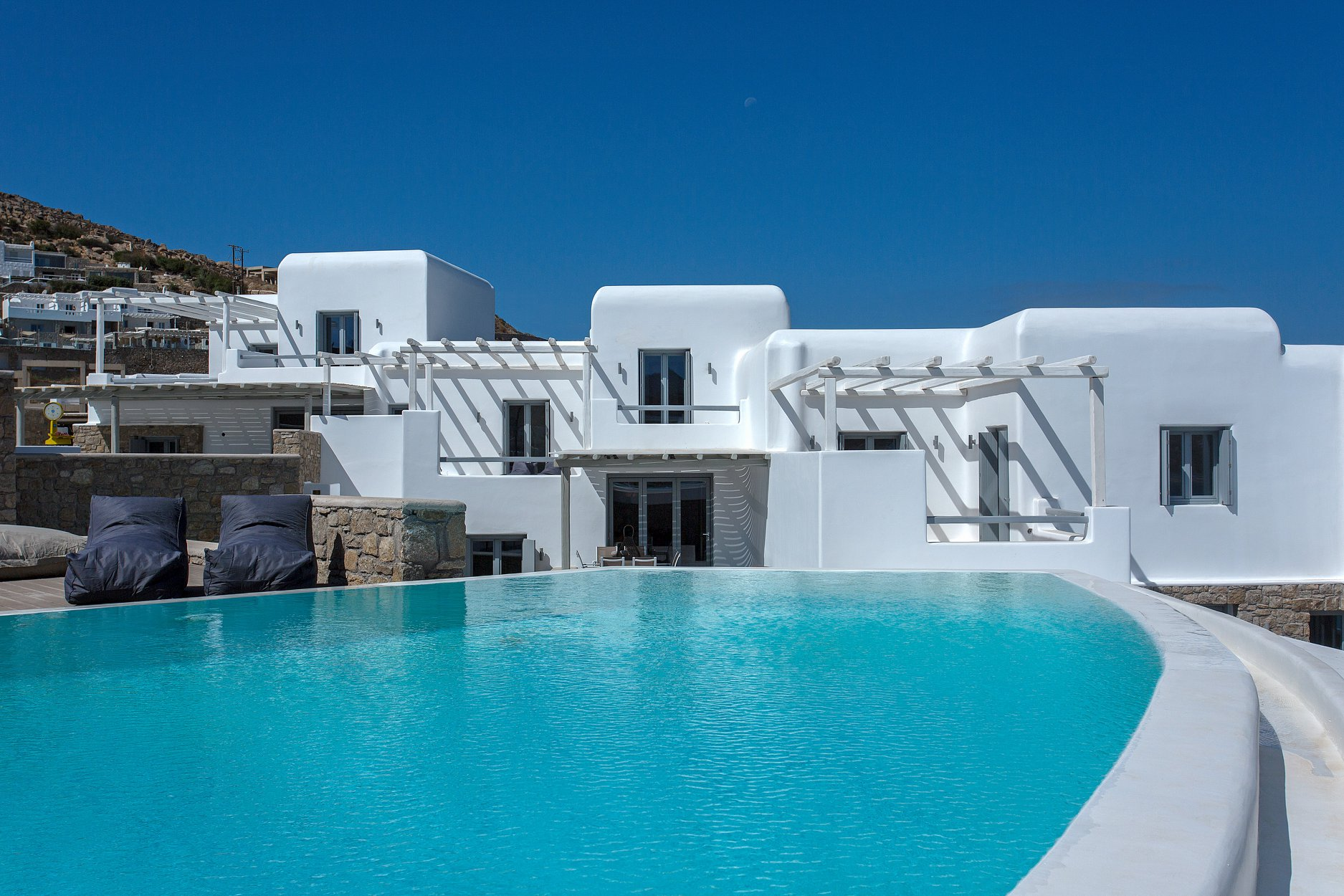 Fantastic 4 bedroom villa with private pool