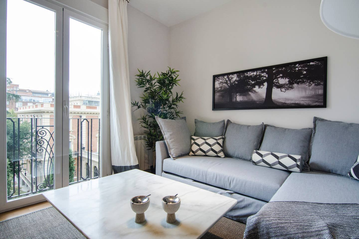 Property Image 2 - Cozy and Bright Apartment in Salamanca Area