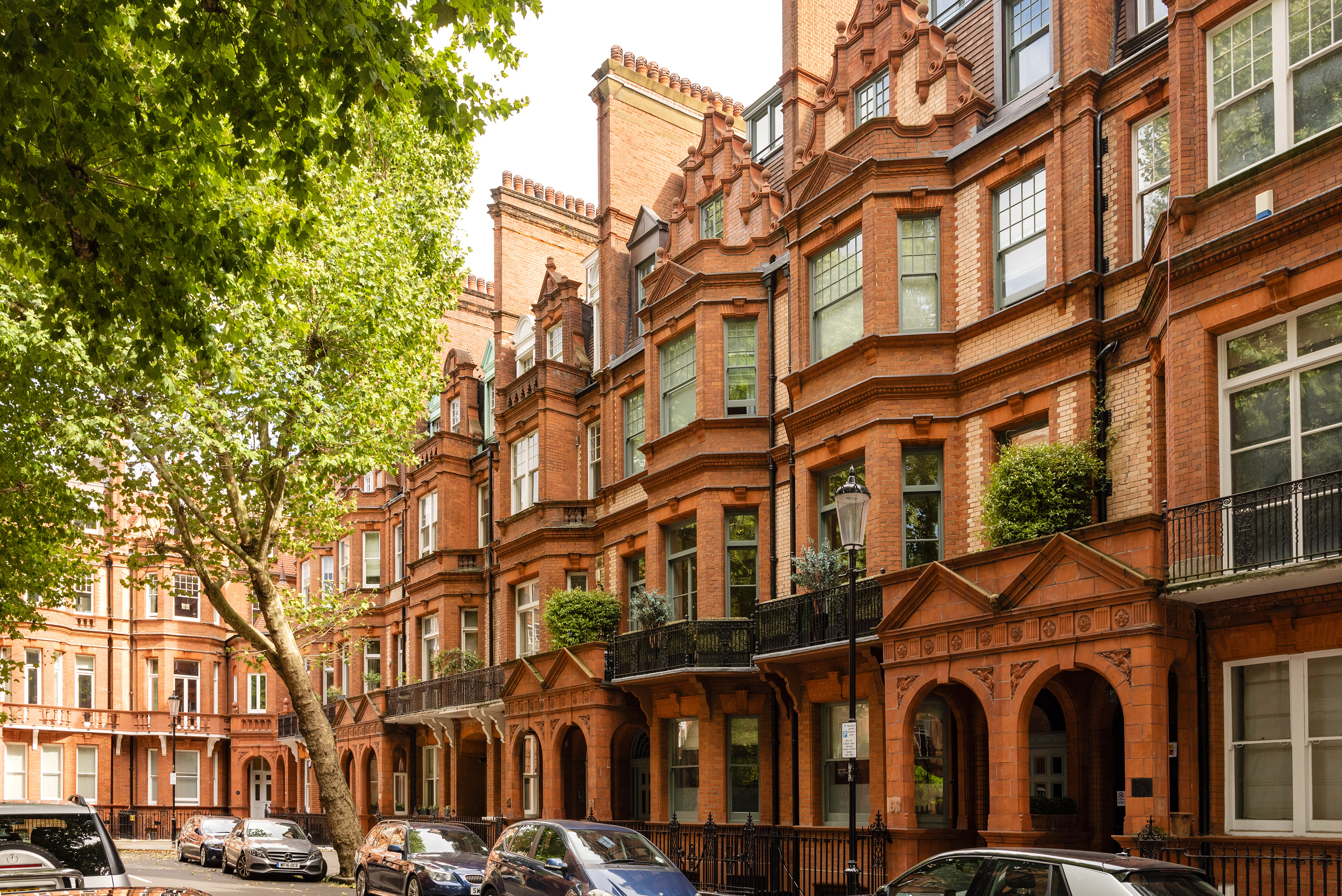 Beautiful Pavilion Road Apartment next to Sloane Square