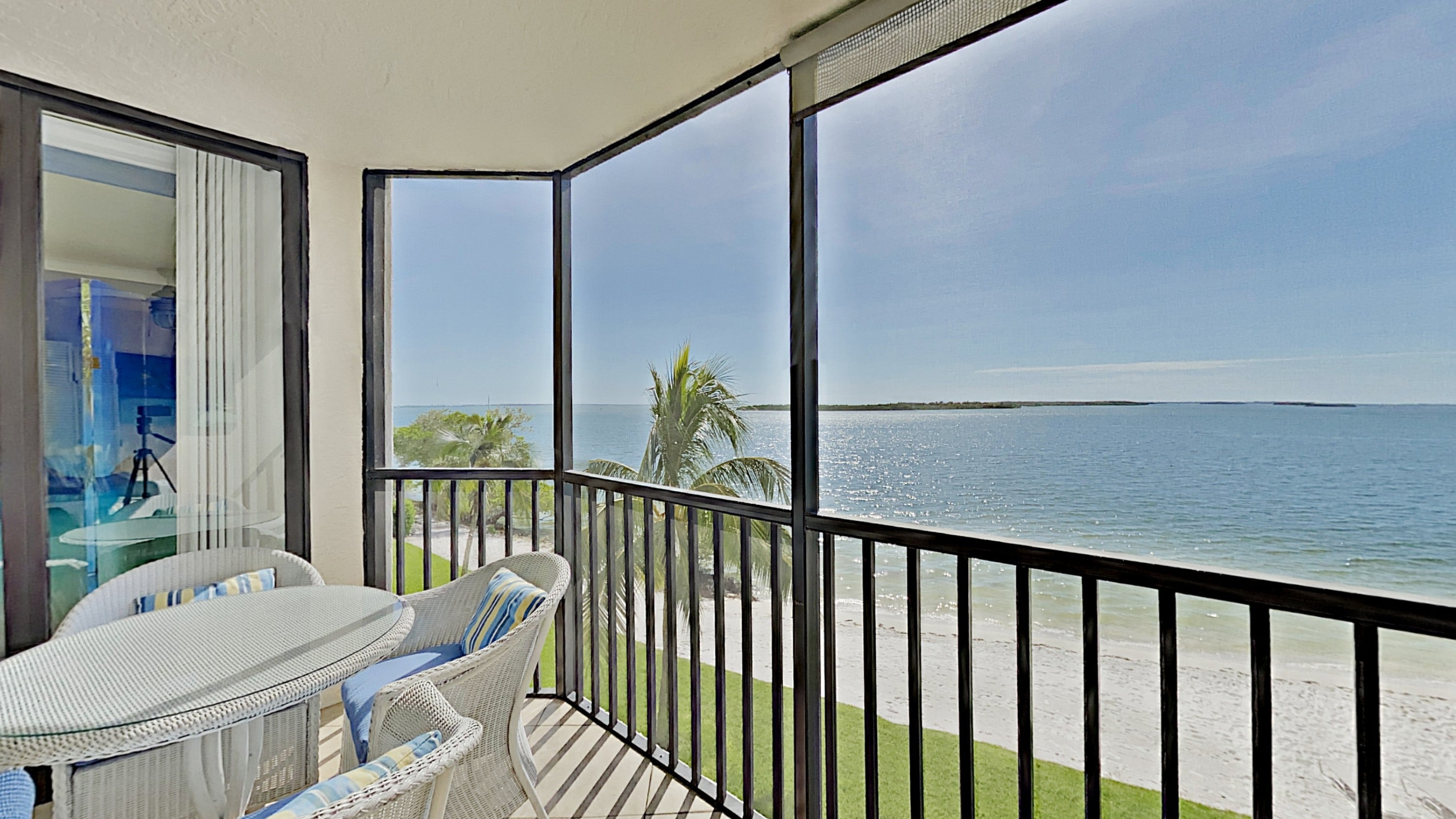 Property Image 2 - Amazing Sanibel Sunsets 2 Bed Condo with Private Lanai