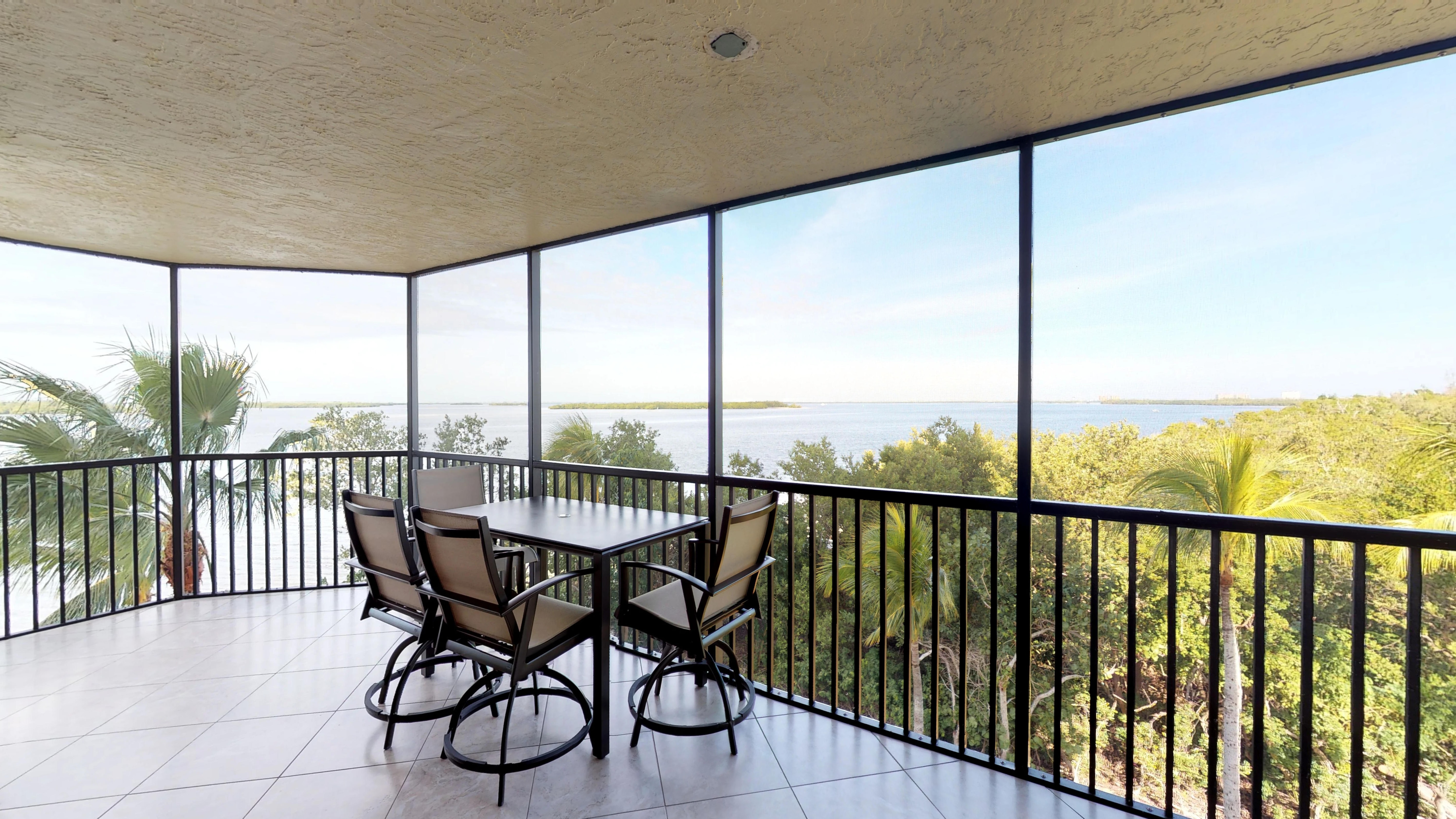 Property Image 1 - Newly Renovated Luxurious Corner Unit at Sanibel Harbour